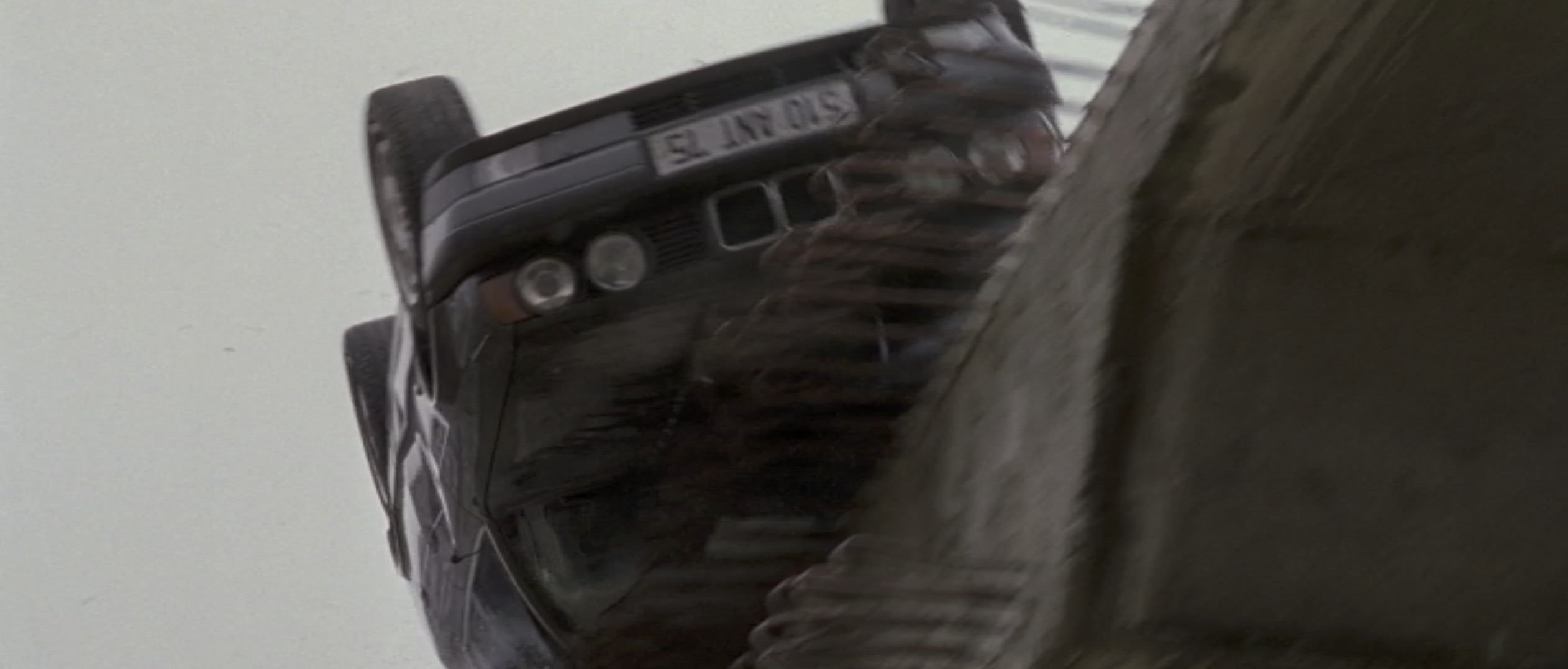 Ronin car hanging off the edge