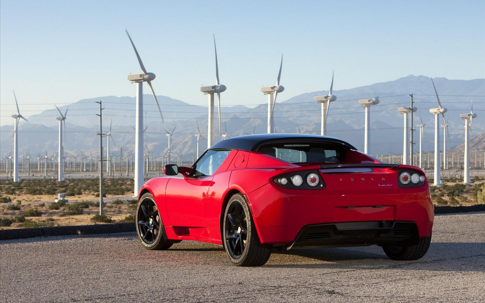 2011 Tesla Roadster rear