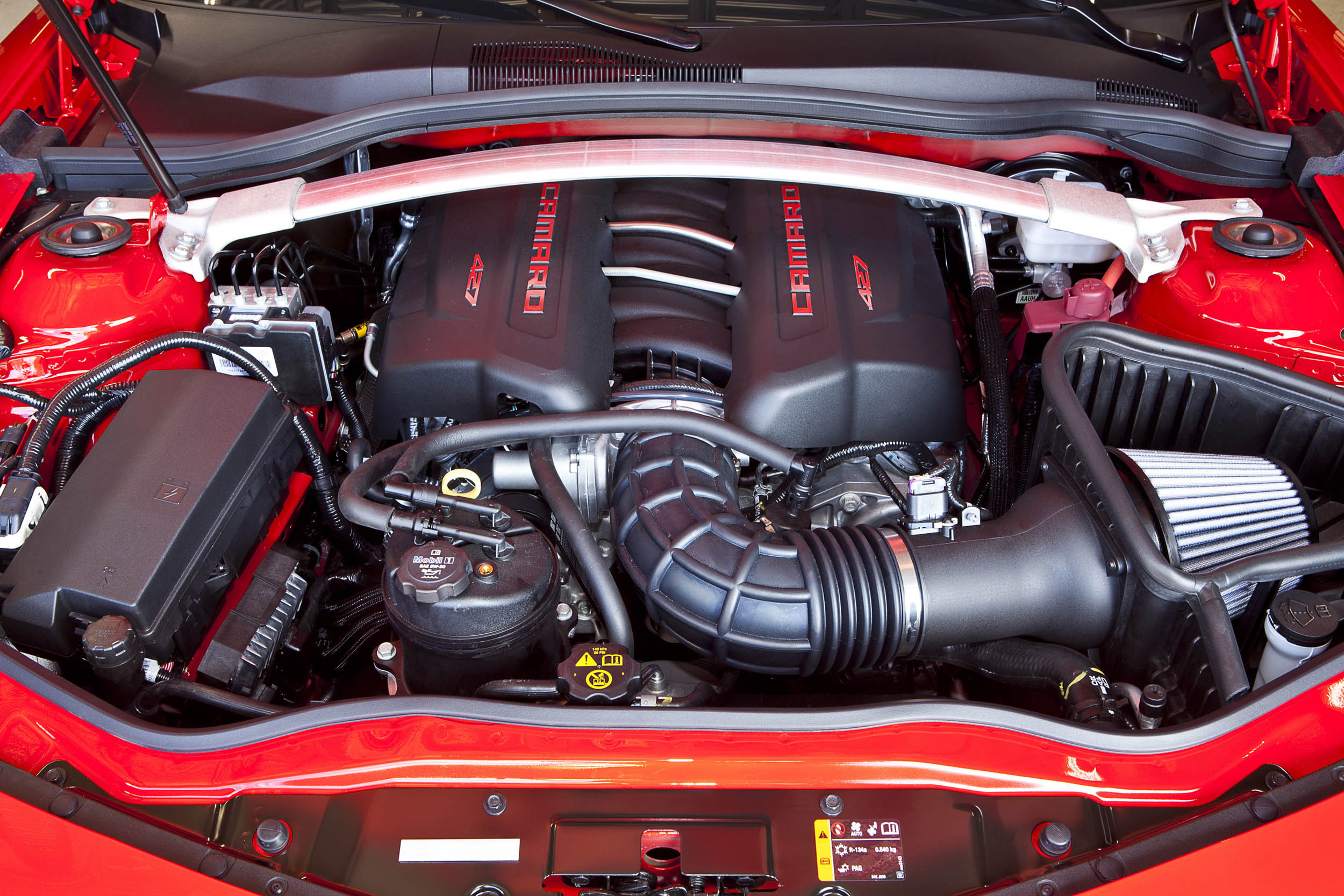 2015 Chevrolet Camaro Z/28 engine
