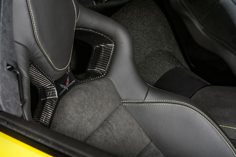 2019 chevy corvette zr1 seat