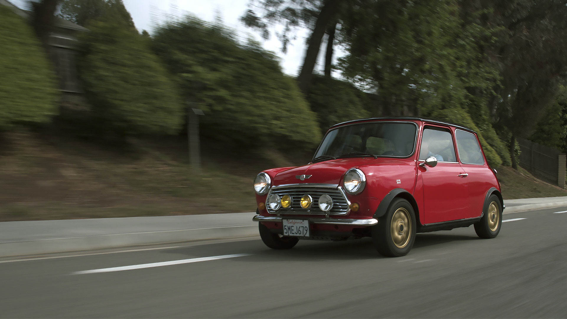 1973 Mini Cooper driving