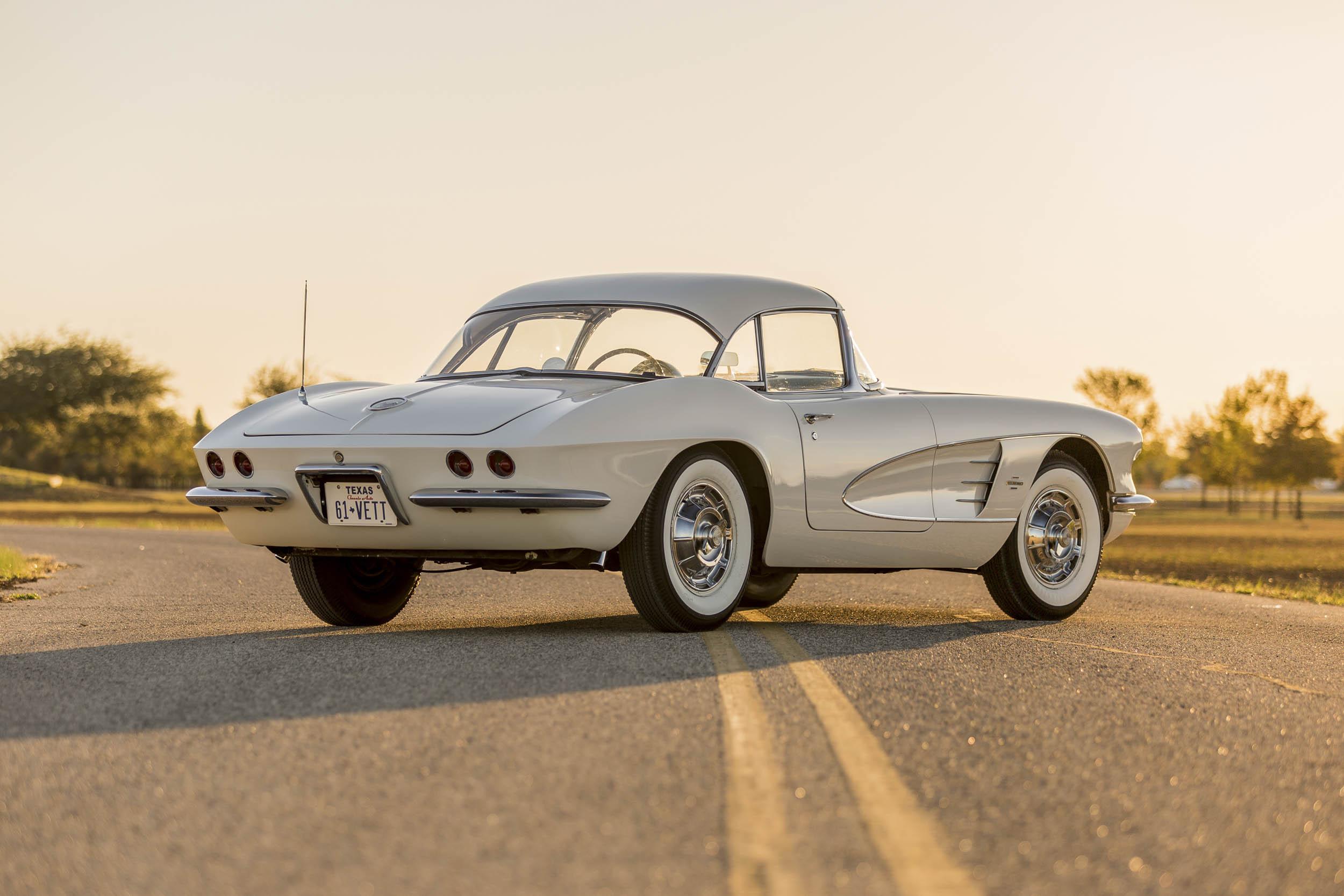 1961 Chevrolet Corvette rear 3/4