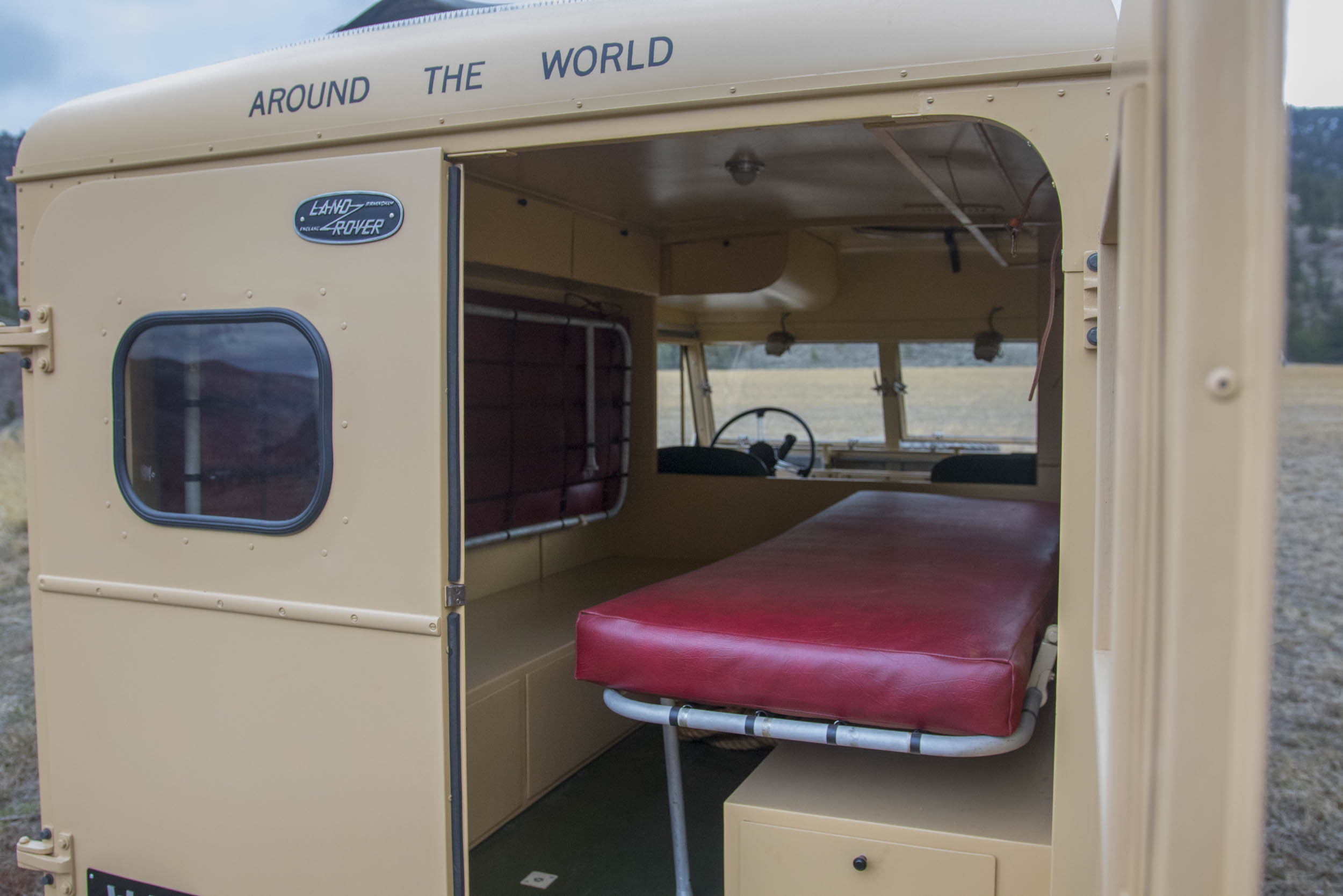 1957 Land Rover the Grizzly Torque beds