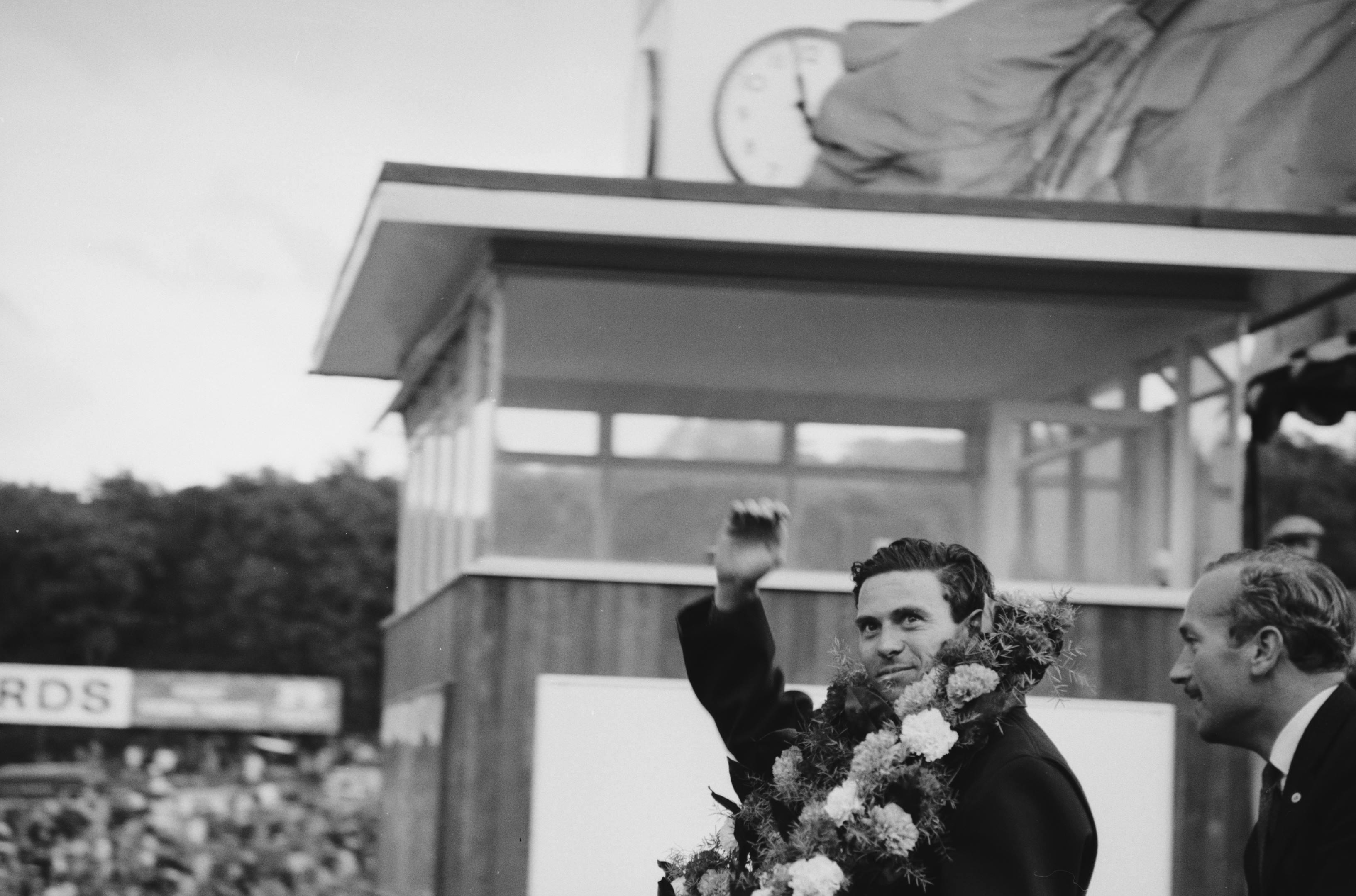 jim clark wreath british grand prix chapman 1964
