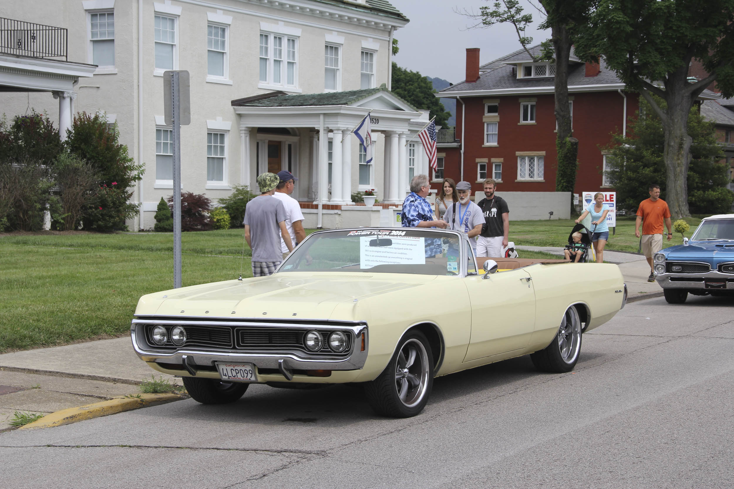 By 1970 you could no longer order a full-size Dodge Polara with a four-speed