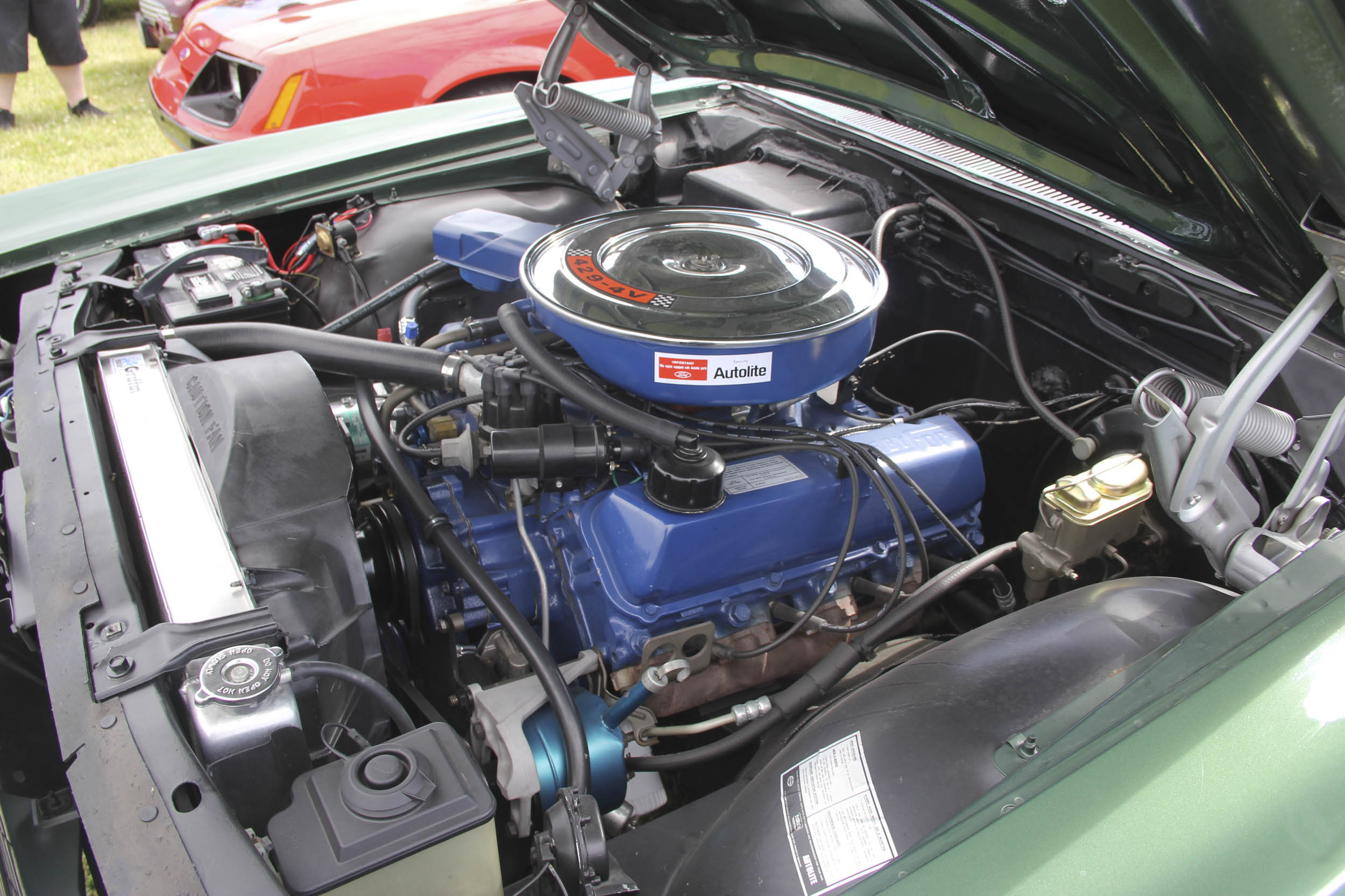 429-cu-in engines fit nicely in the 1969 full-size Ford engine compartment