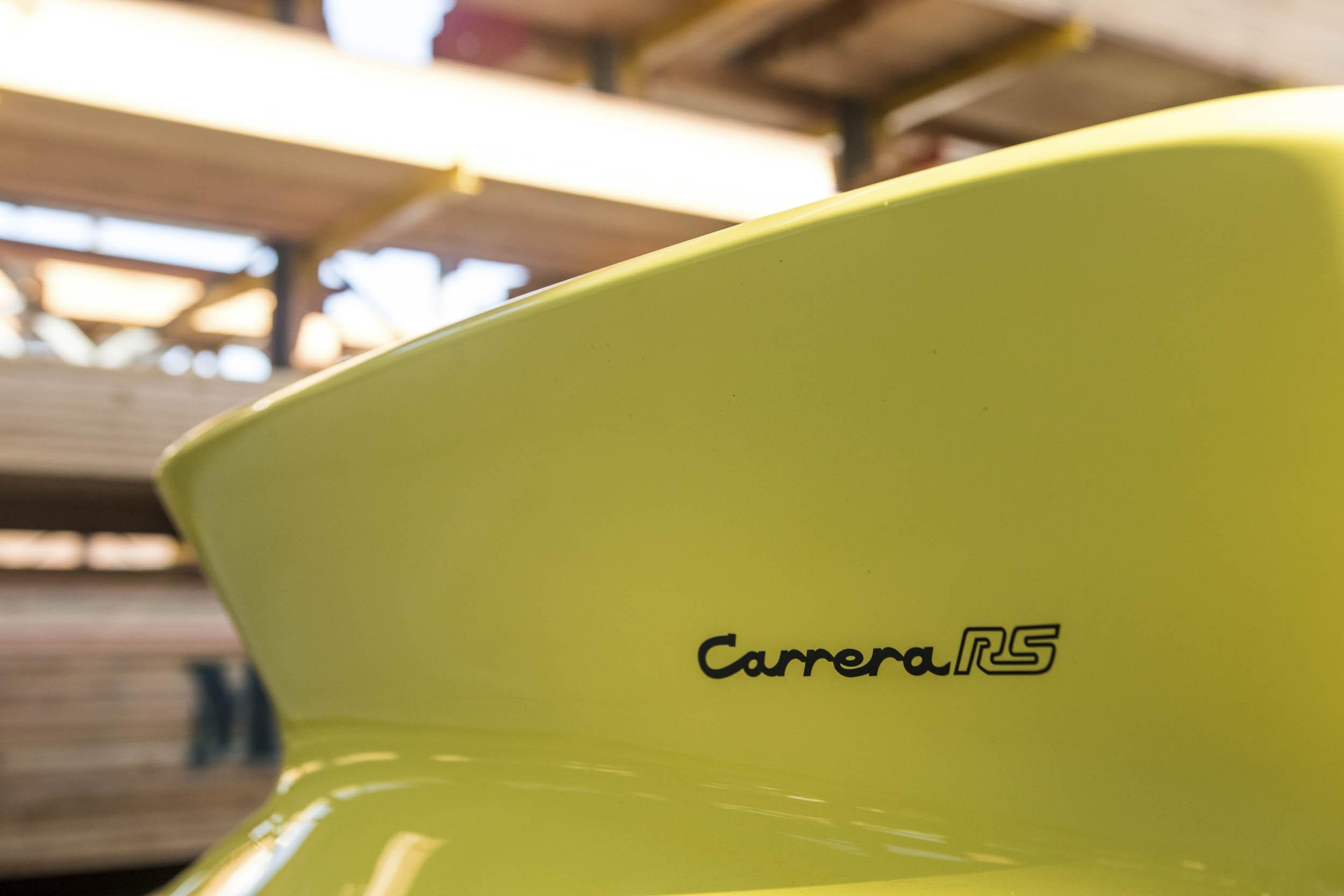 Porsche Carrera RS Badge detail Luftgekühlt