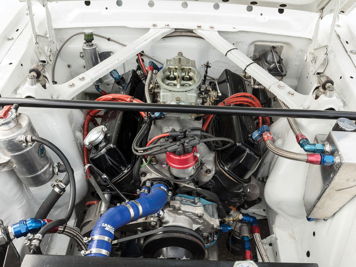 1966 Ford Mustang 289 Coupé FIA engine