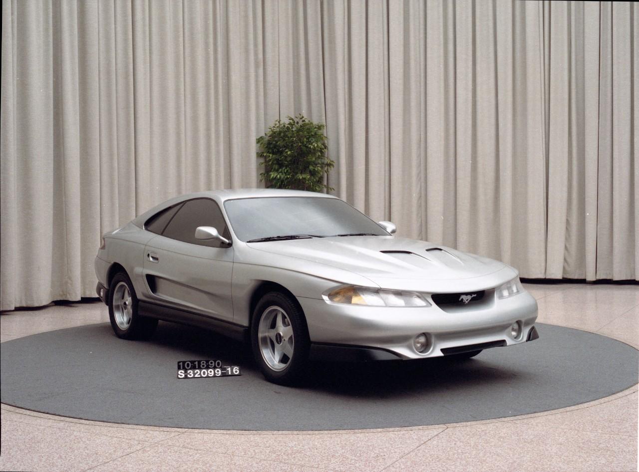 Mustang Rambo front 3/4