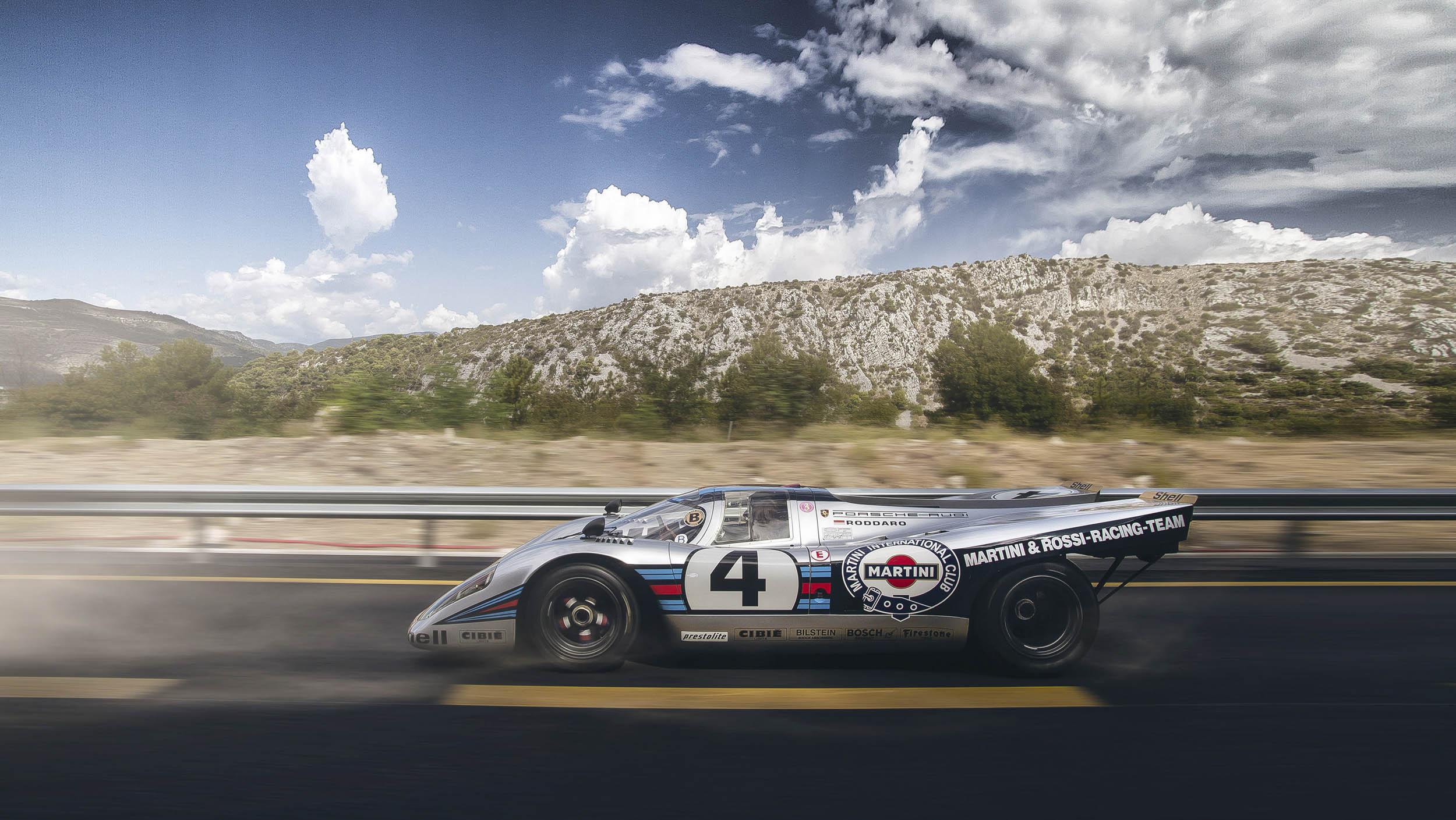Porsche 917K profile on the road