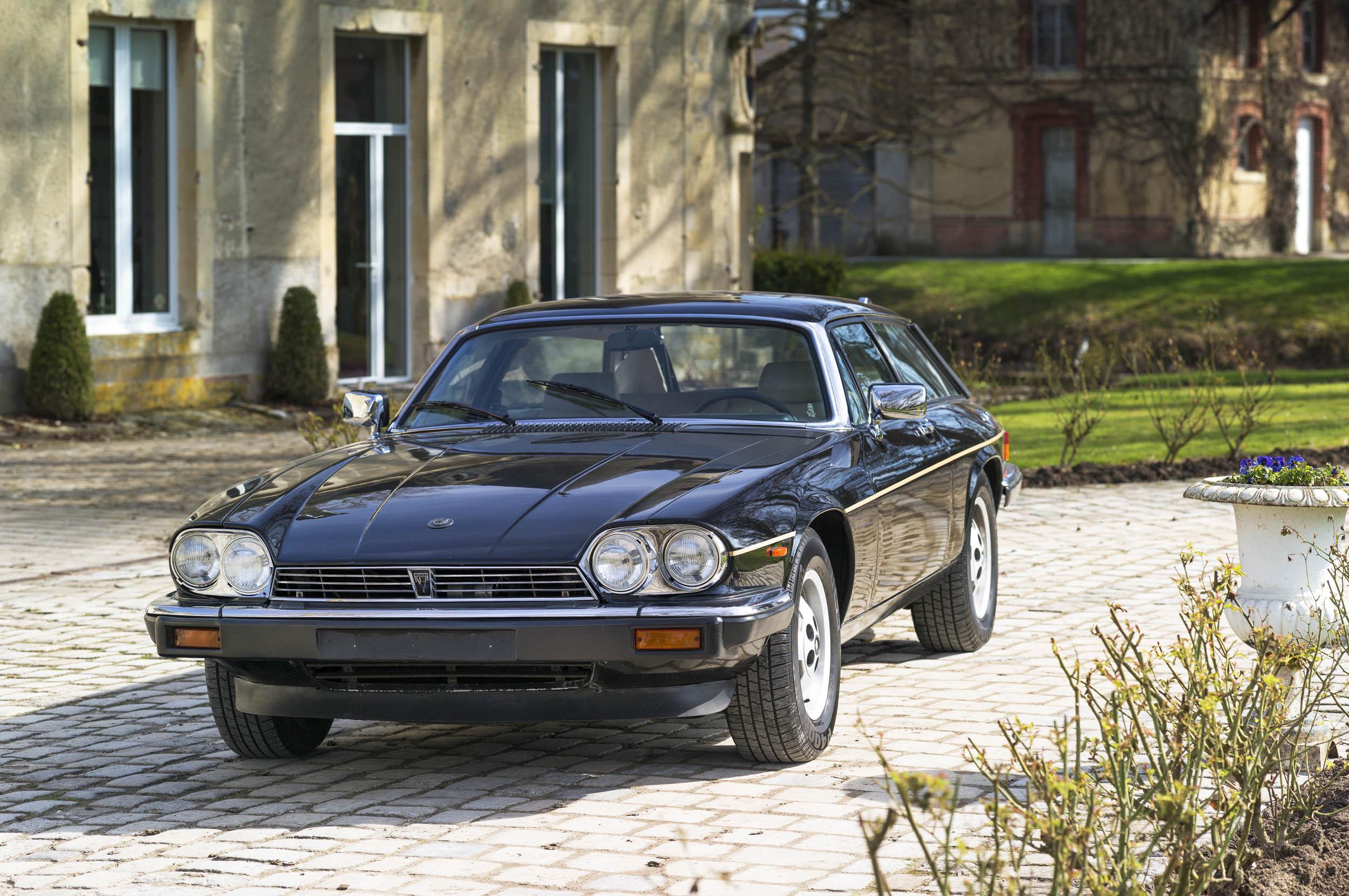 1984 Jaguar XJ-S V-12 front