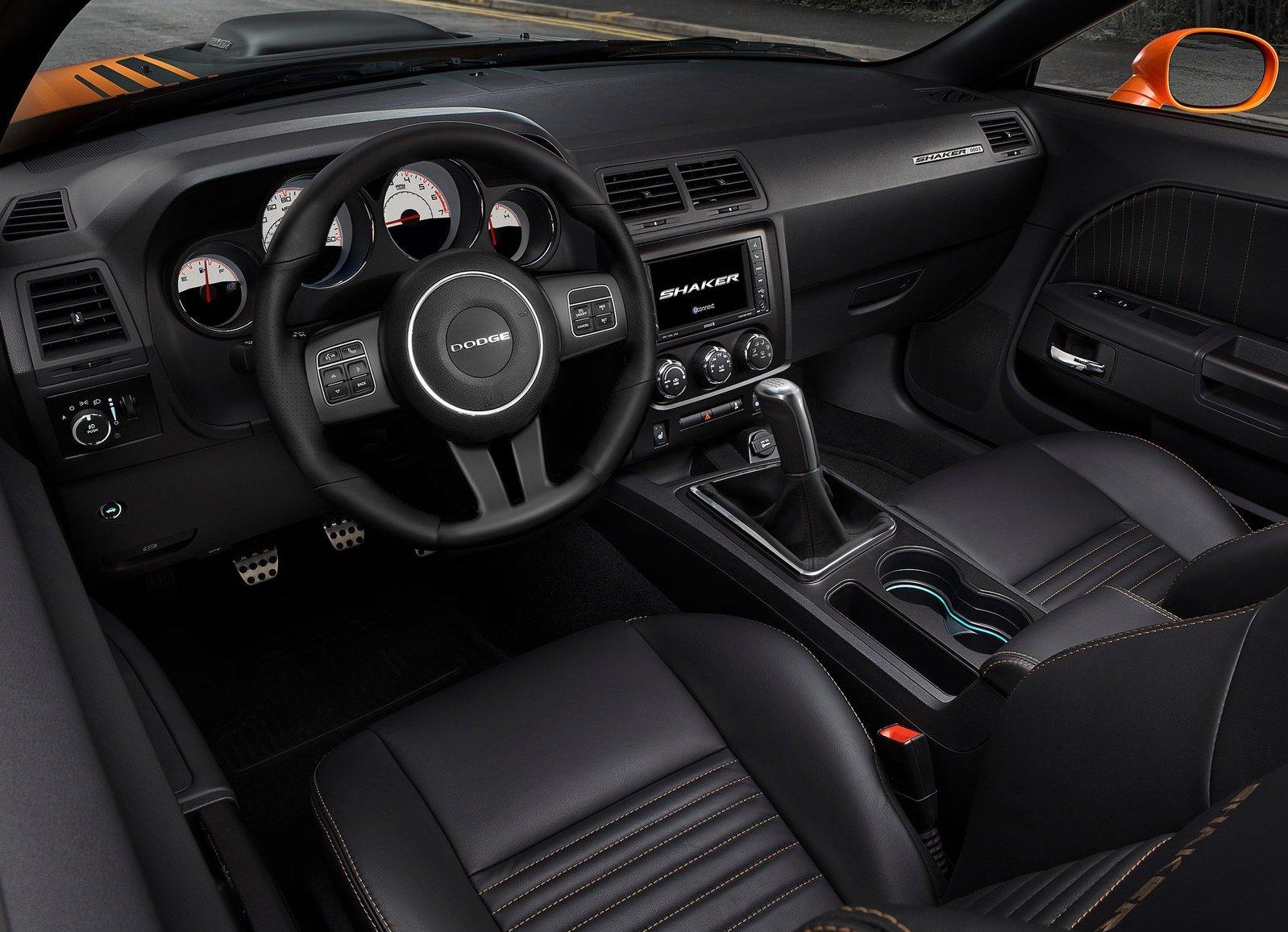 2014 Dodge Challenger R/T Shaker interior