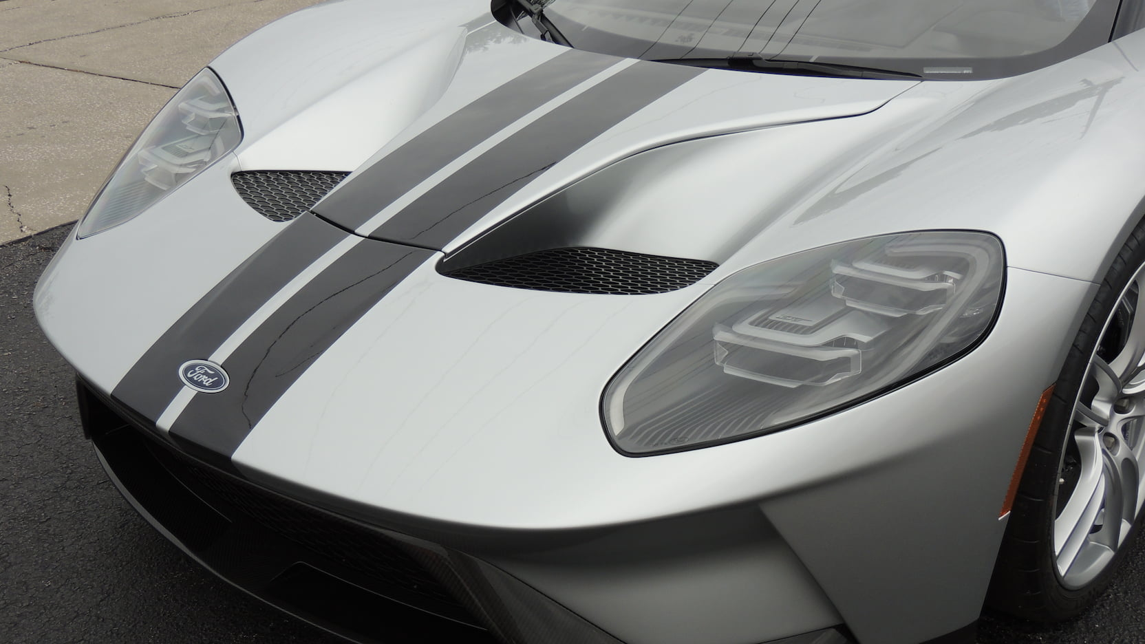 2017 Ford GT nose