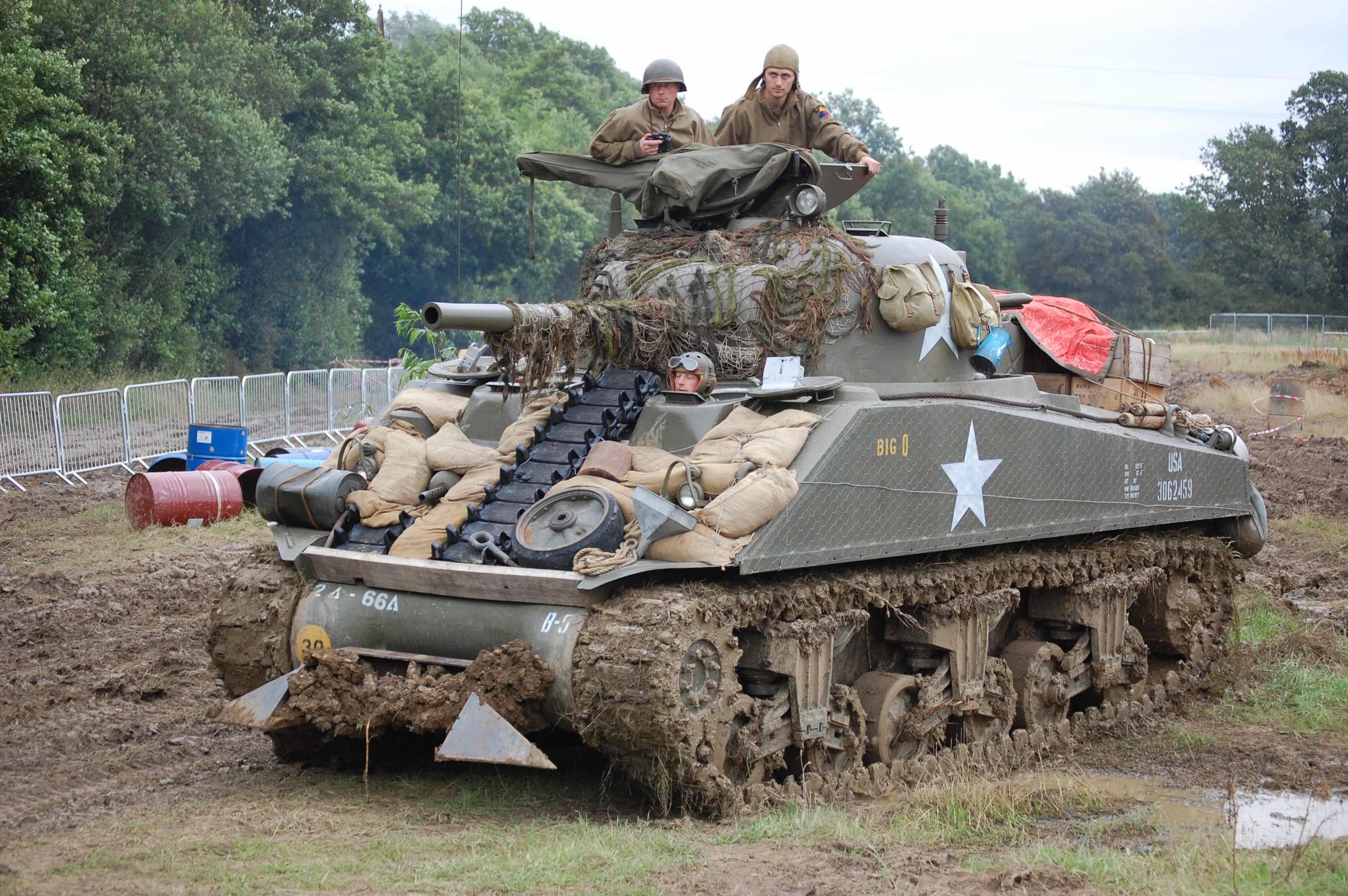2018 War and Peace Revival Tank Charges into battle