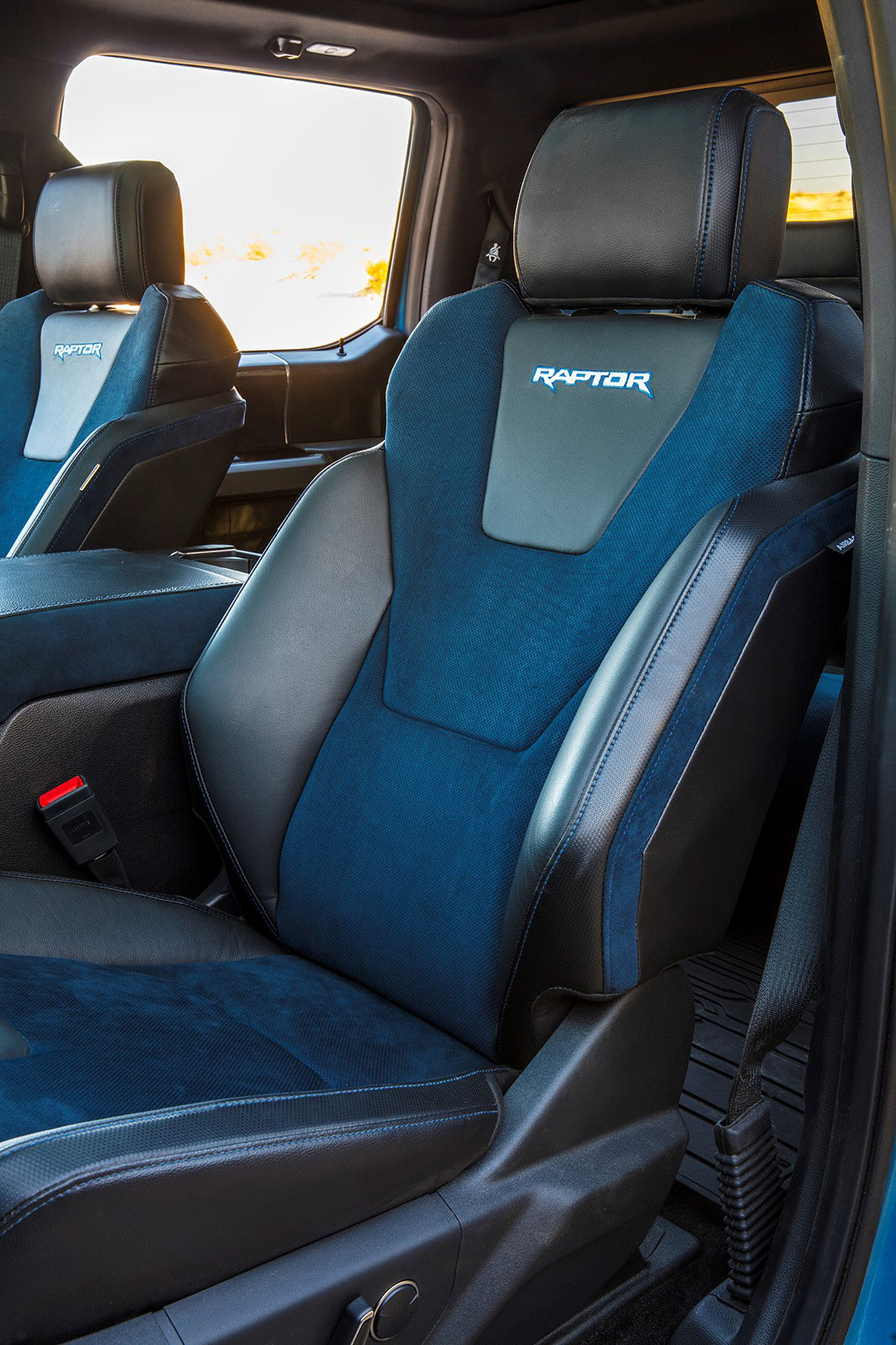 2019 Ford F-150 Raptor Seat updated