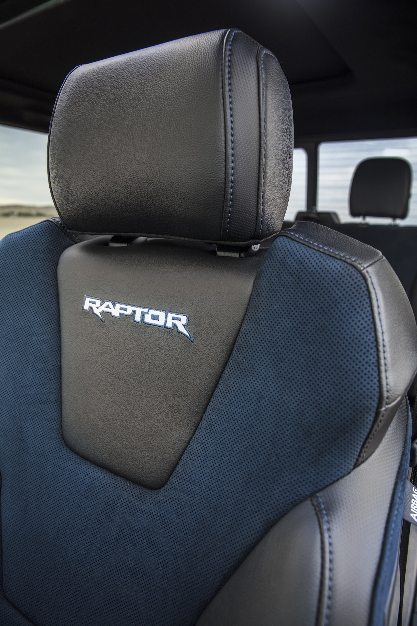 2019 Ford F-150 Raptor Updated new seats
