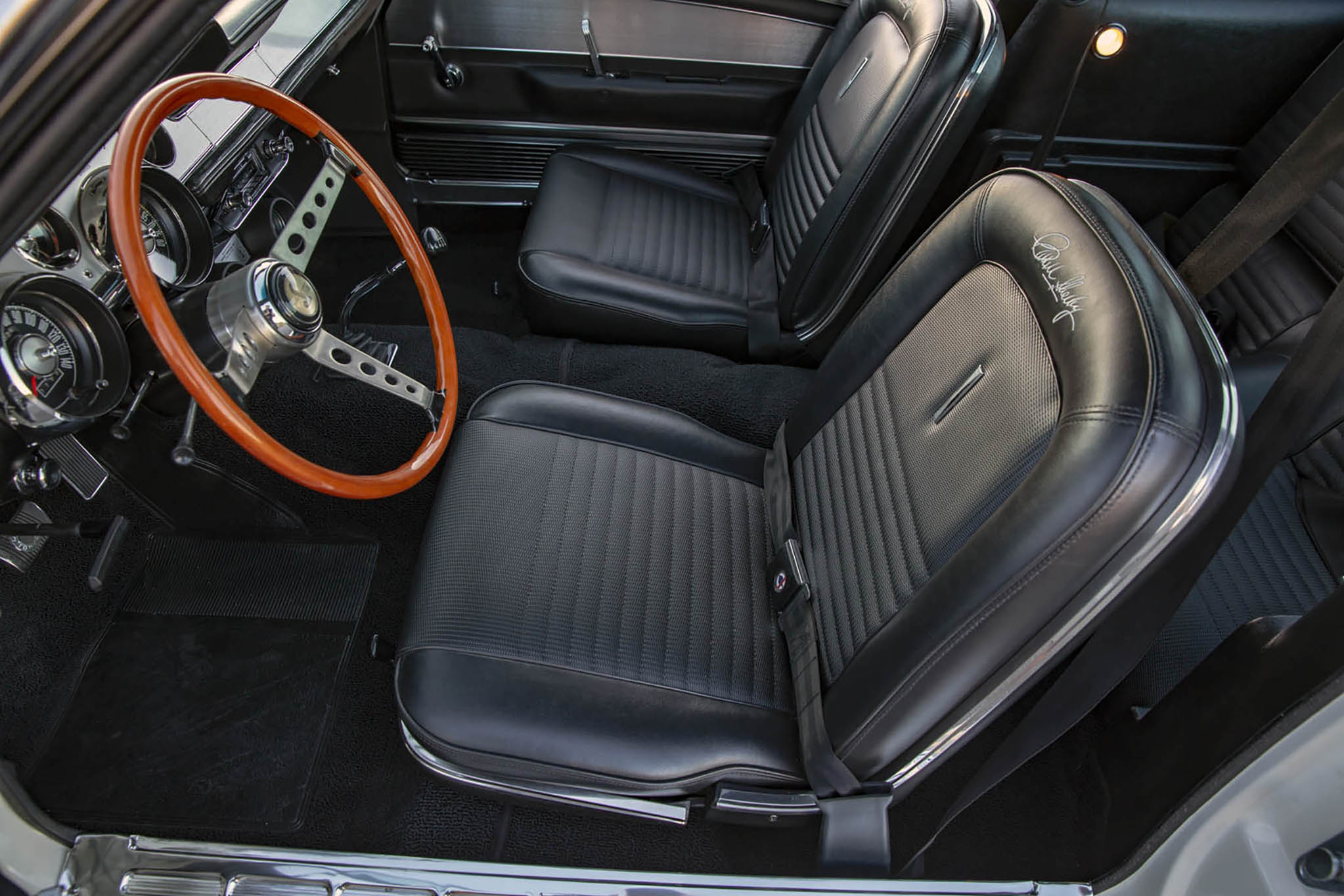 1967 Ford Shelby GT500 Super Snake Continuation Interior
