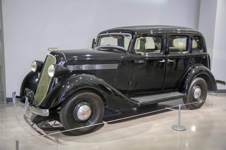 Nissan Model 70