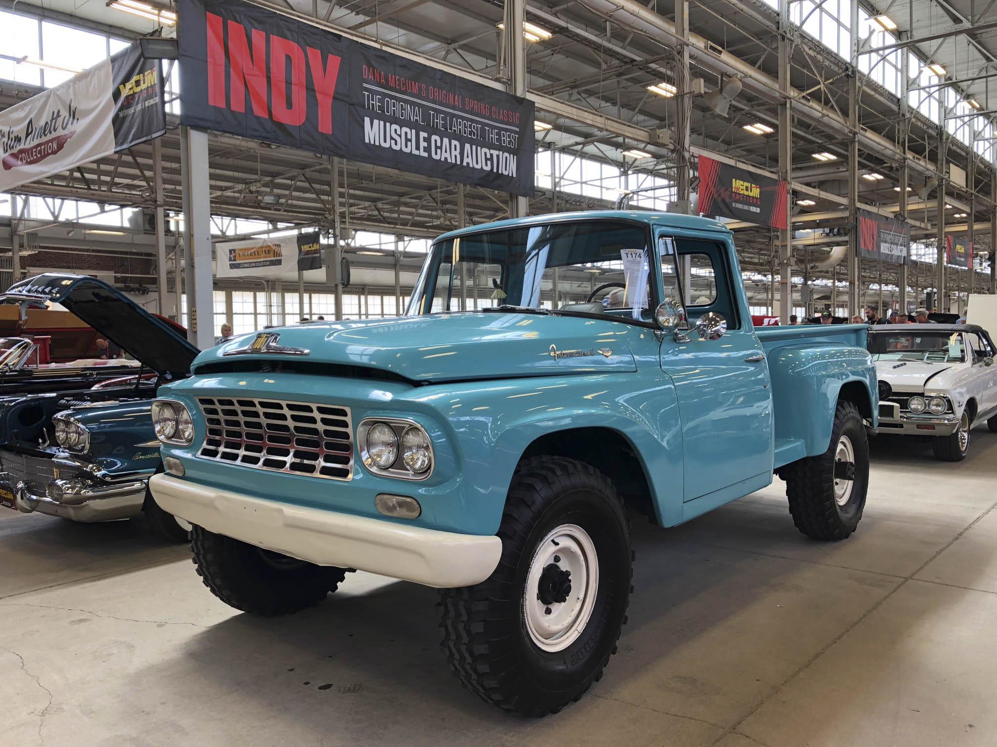 1962 International C120 4x4 Pickup