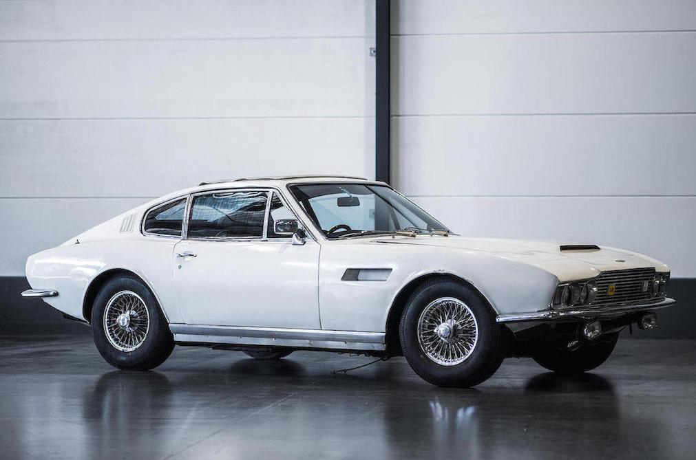 1968 Aston Martin DBS Sports Saloon front 3/4