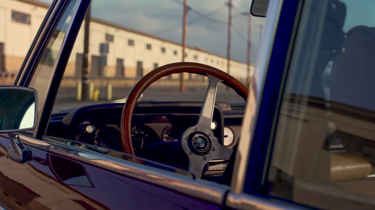 BMW 2002 steering wheel