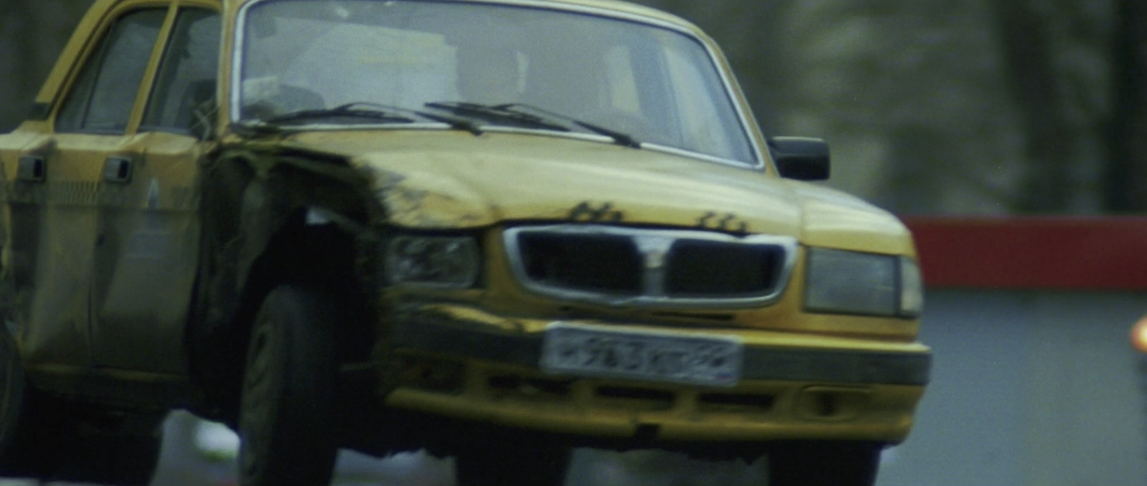 Bourne Supremacy Car Chase Taxi Smashed Front