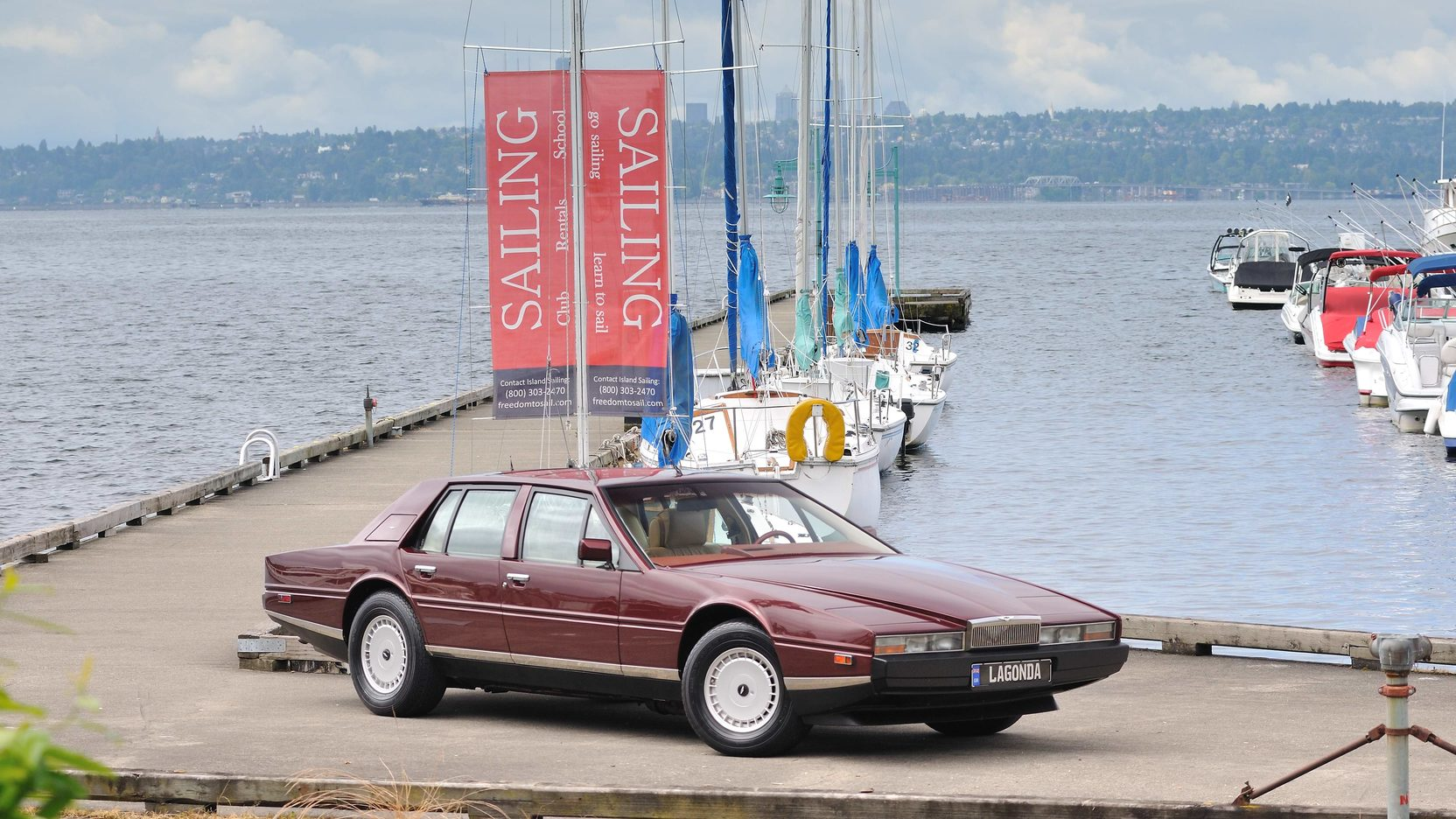 1986 Aston Martin Lagonda Boats