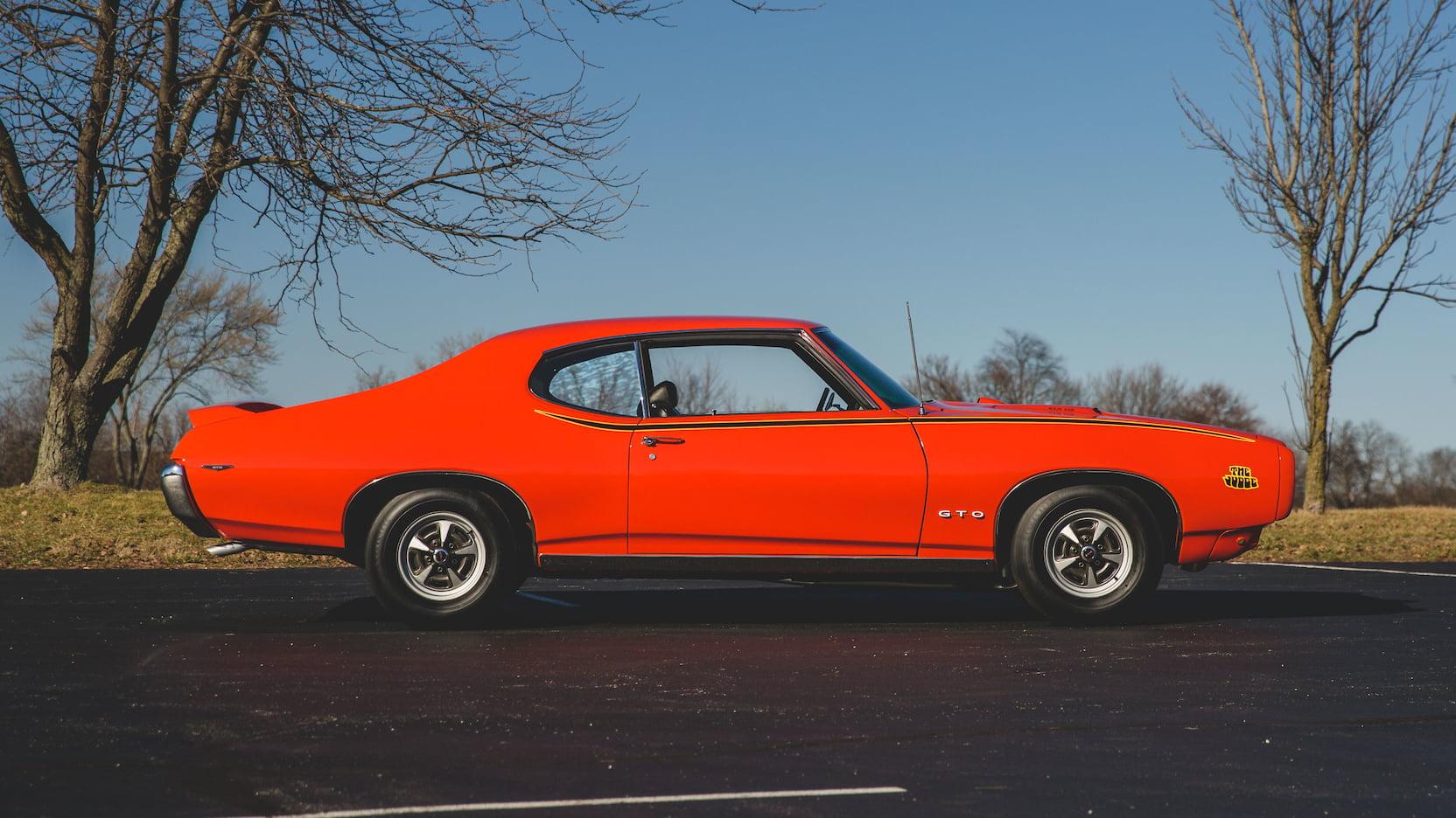 1969 Pontiac GTO Judge Side profile