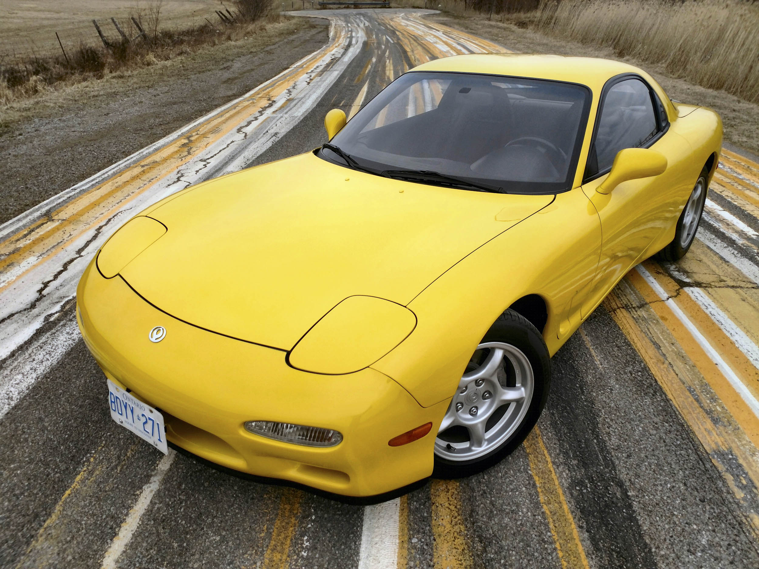 Mazda RX-7 front 3/4