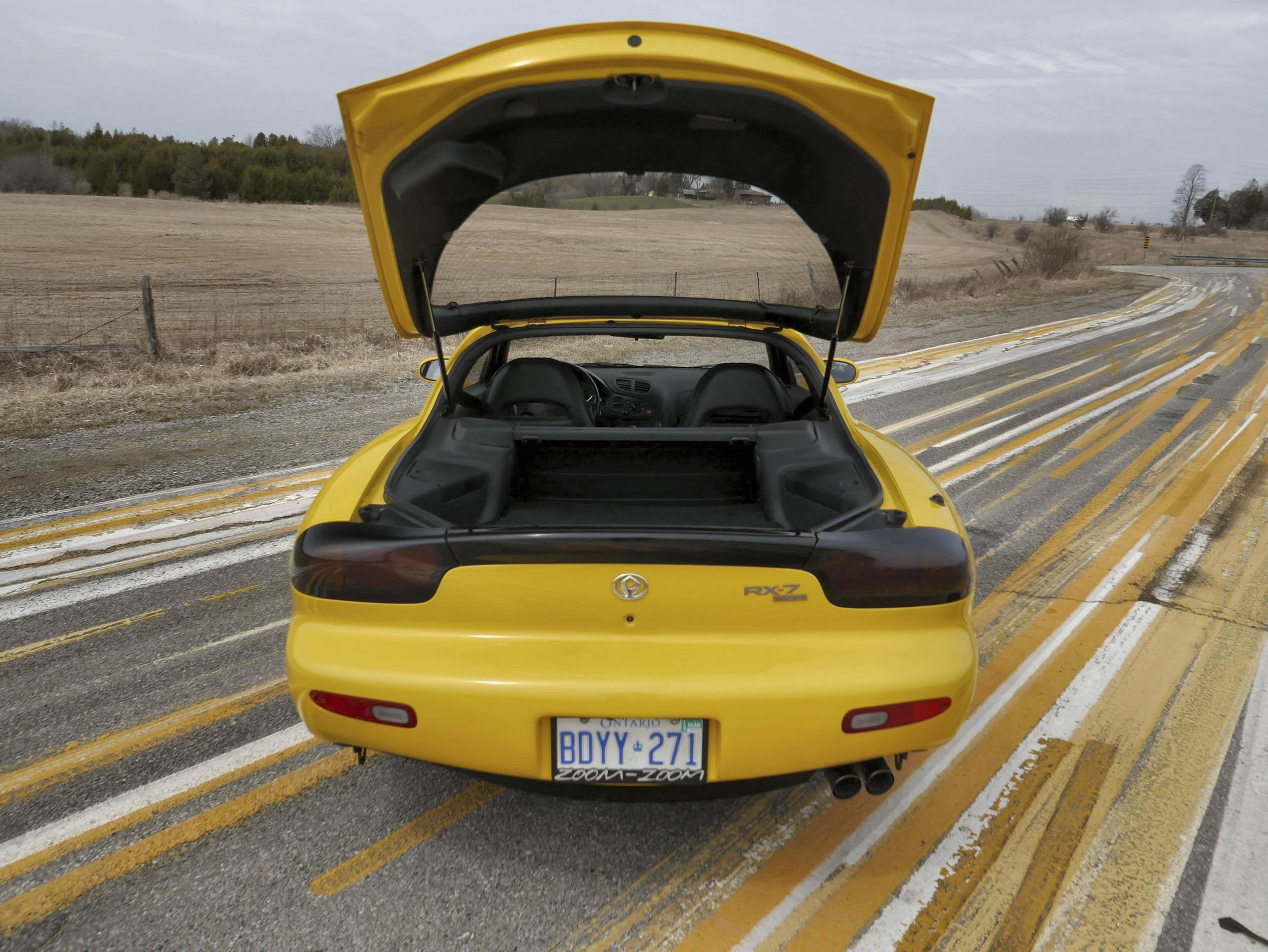Mazda RX-7 trunk hatch up