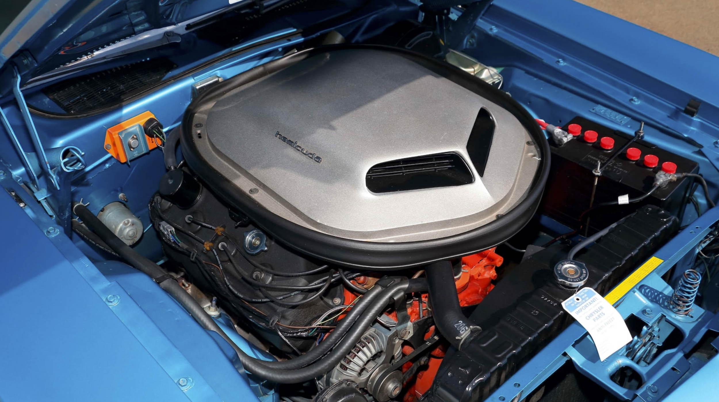 1970 Plymouth Hemi Cuda Shaker