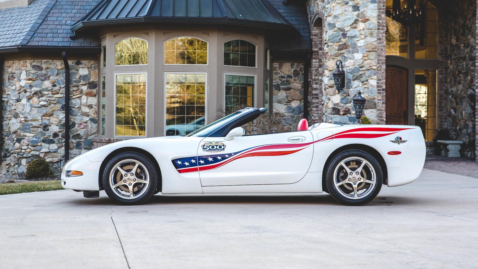 2004 Chevrolet Corvette Pace Car Version 2