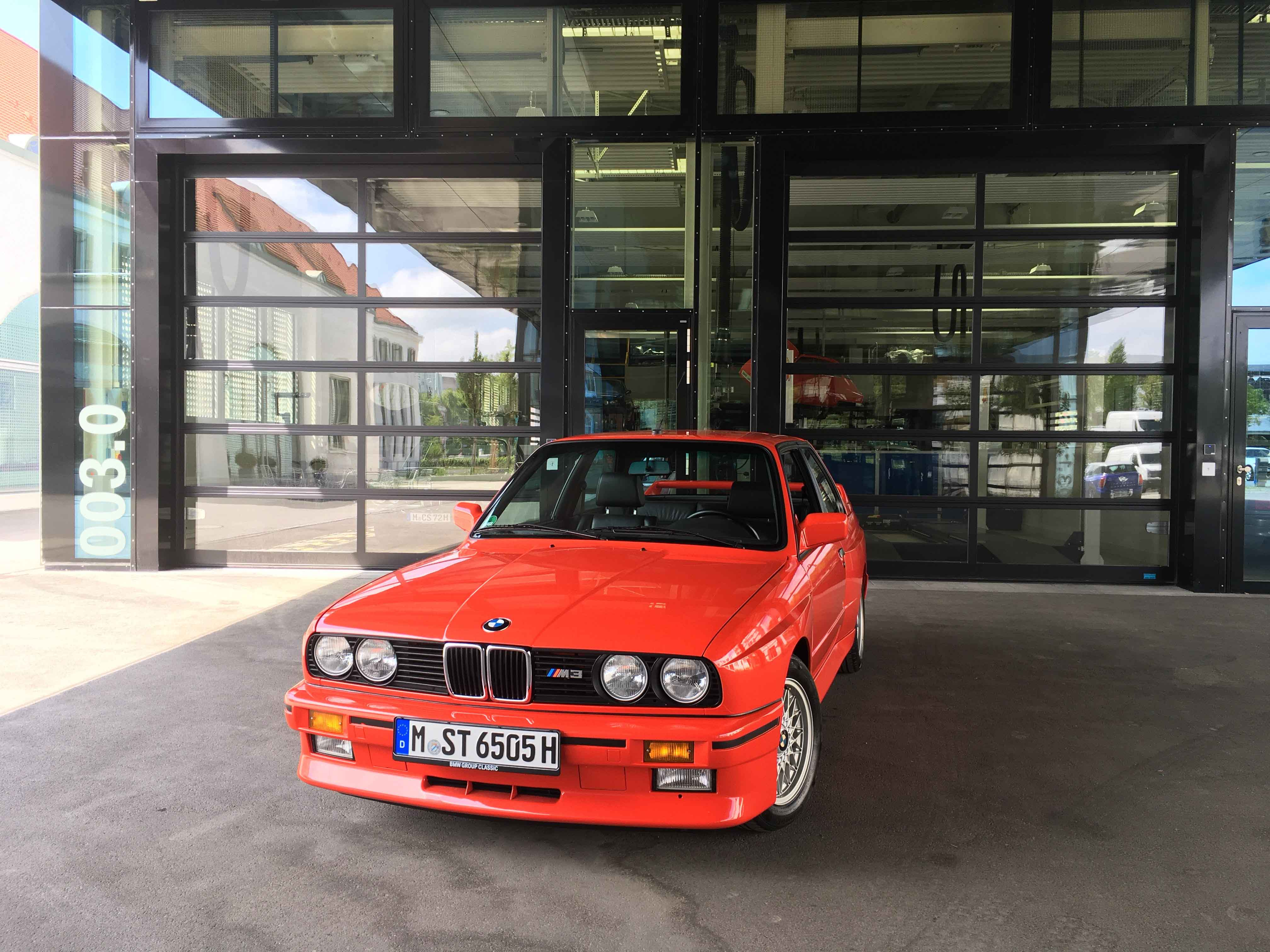 1987 BMW M3 front view