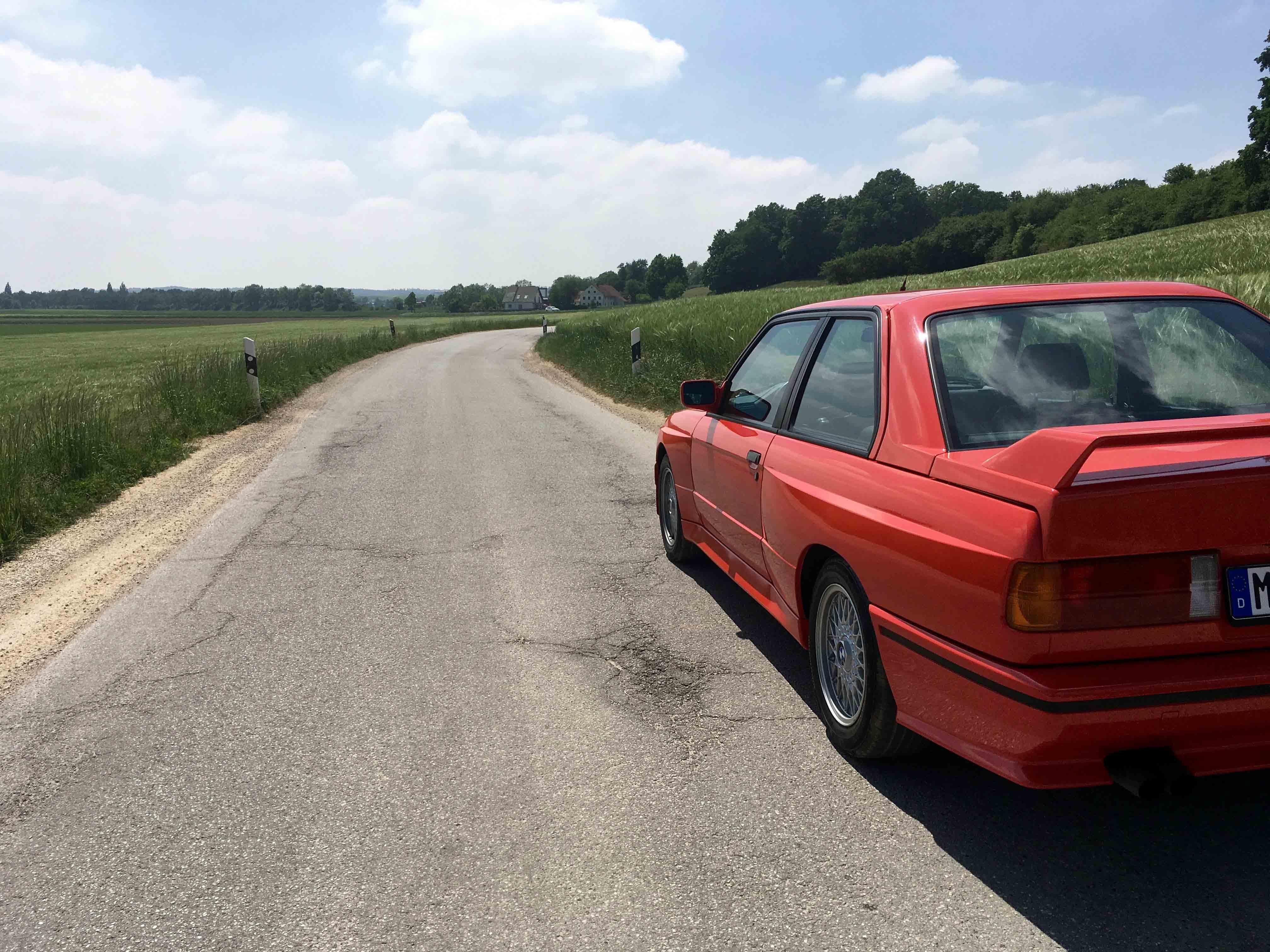 1987 BMW M3 rear side roadside