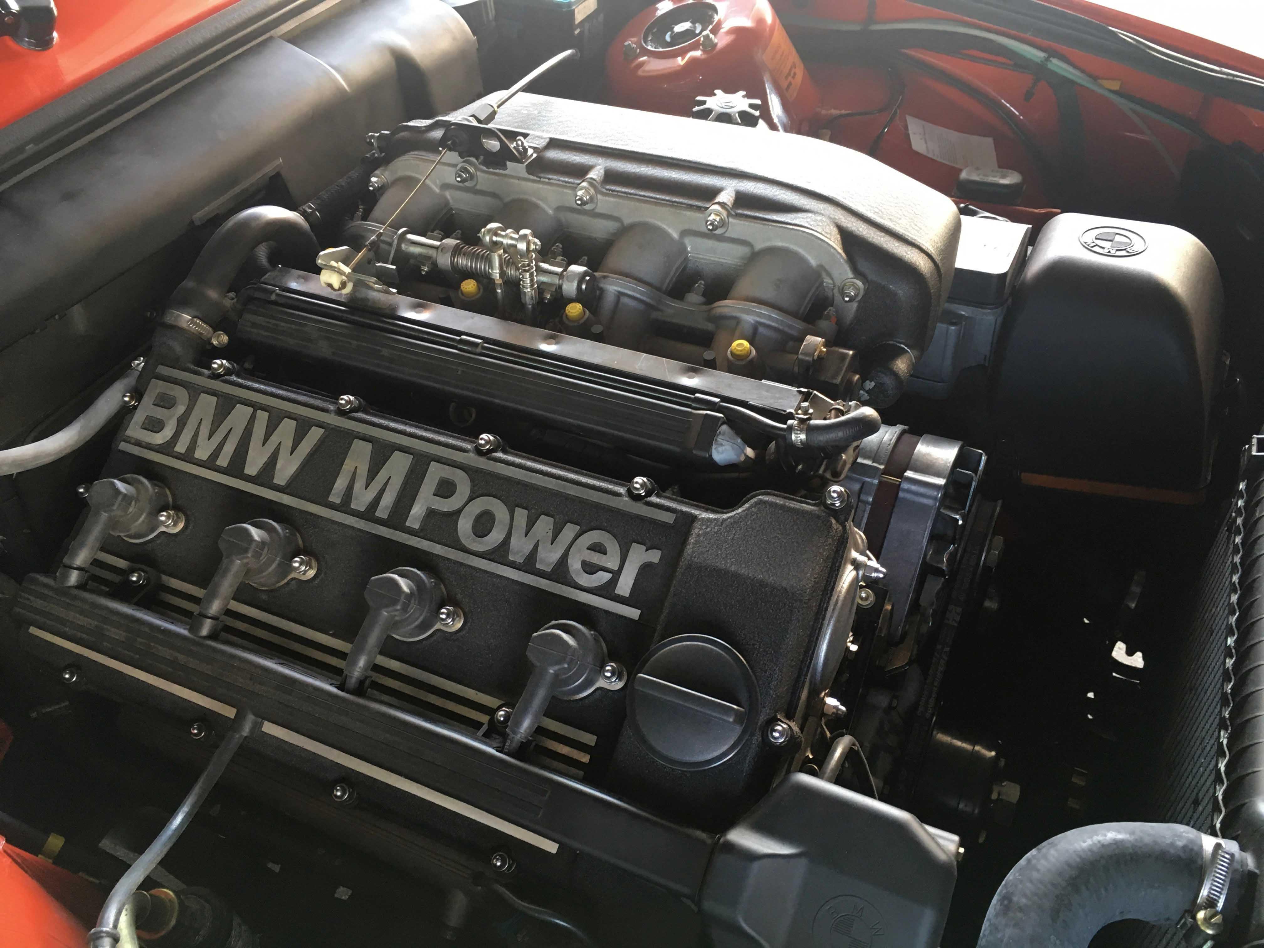 1987 BMW M3 M power Engine