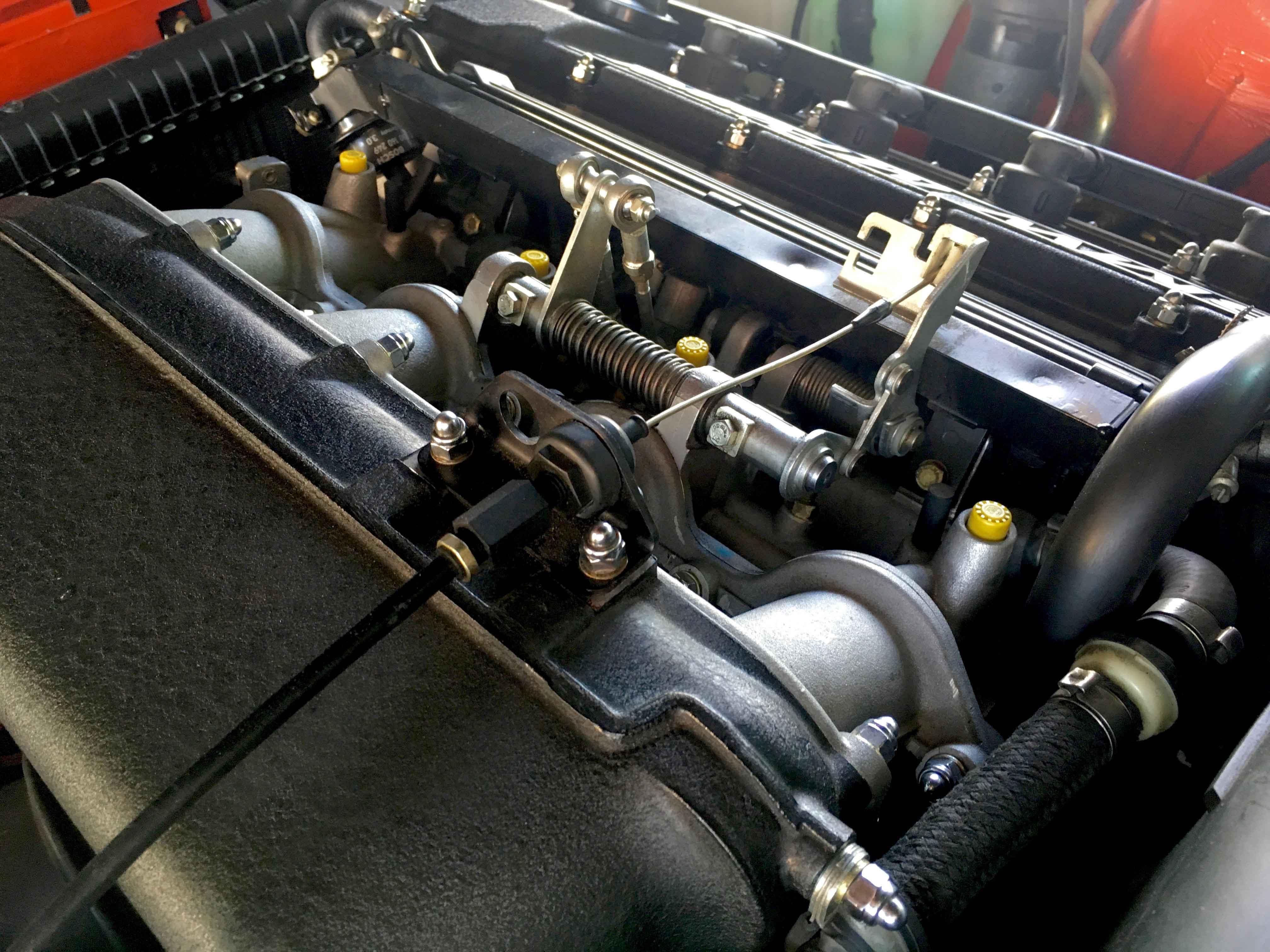 1987 BMW M3 Intake manifold