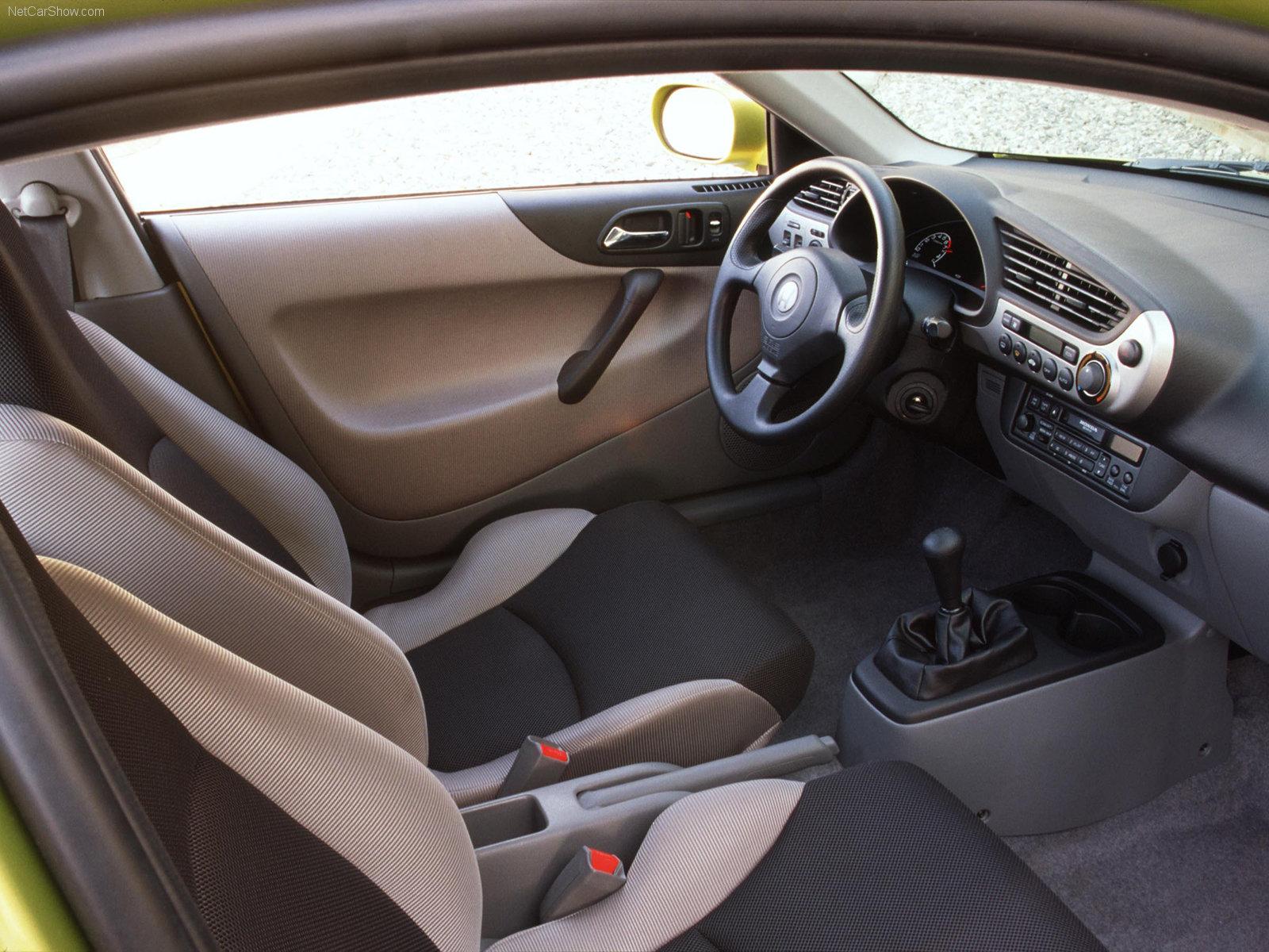 2000 Honda Insight interior