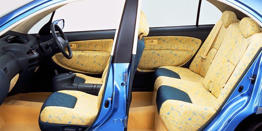 1995 Toyota Prius Concept side interior