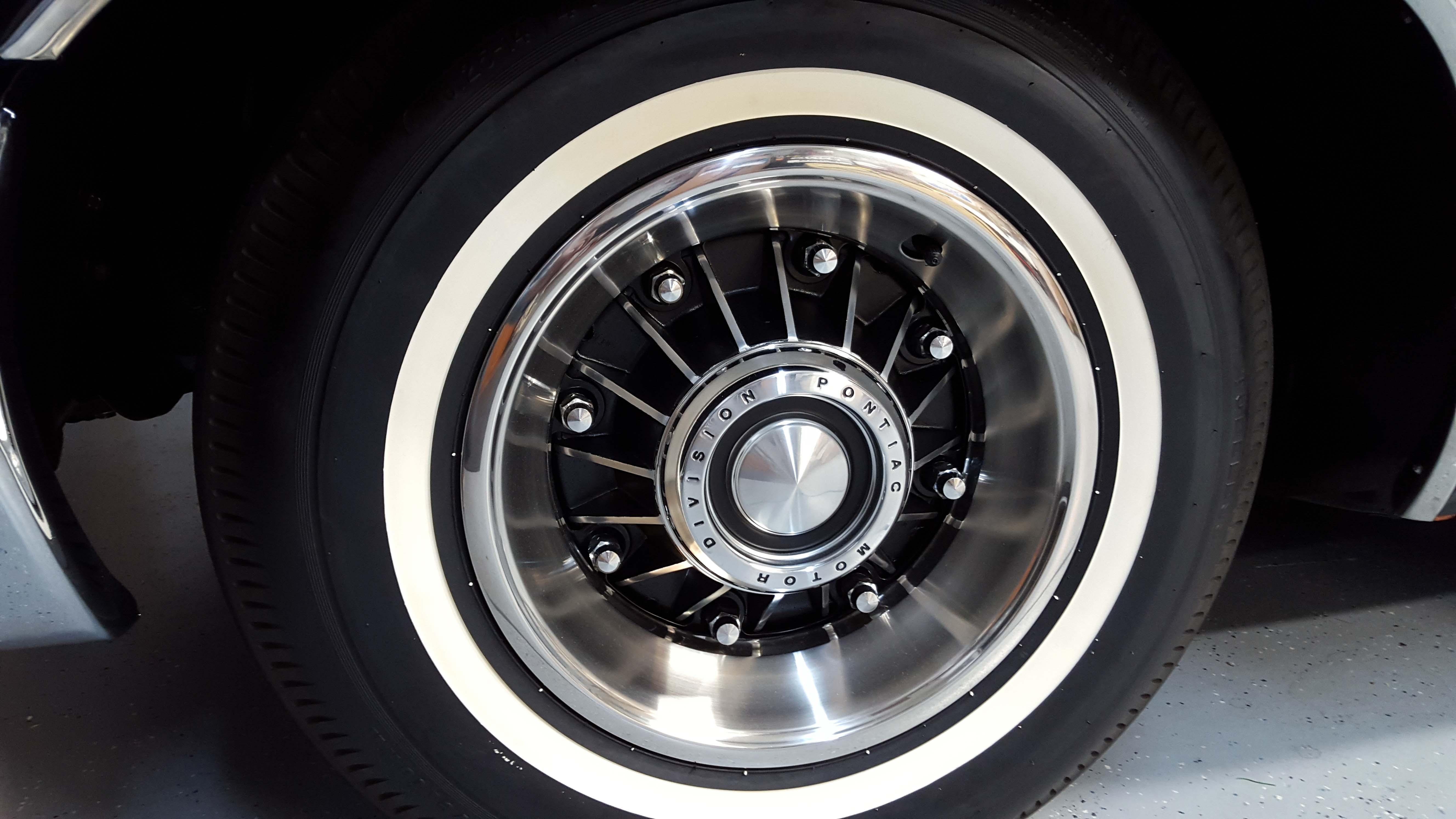 Pontiac's beautiful 8-lug wheel was optional on the 2+2.
