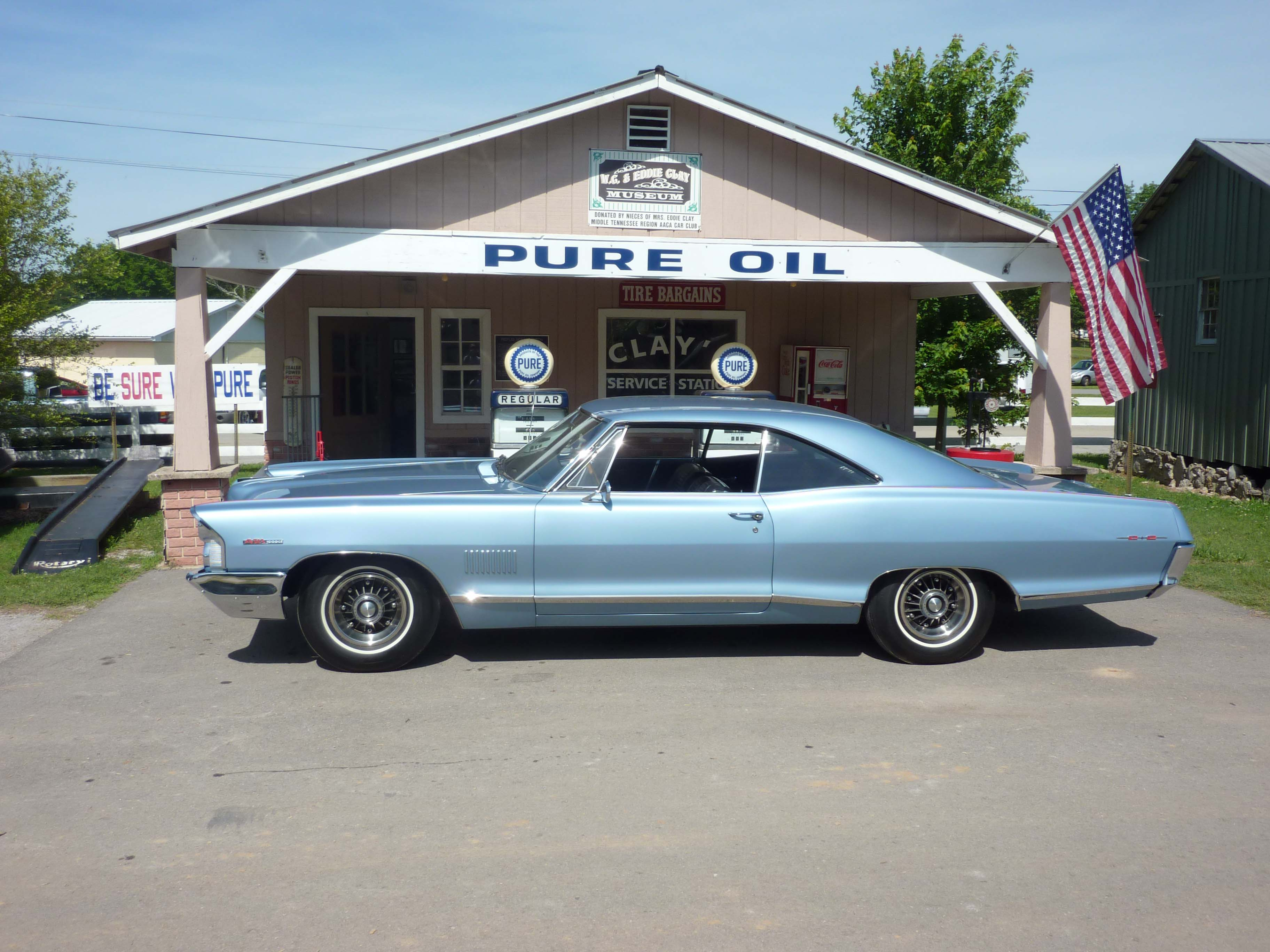 Jack Anderson's restored Fontaine Blue 1965 Pontiac 2+2 has won an AACA Senior Award. It's also a 13-second drag racer in FAST competition.