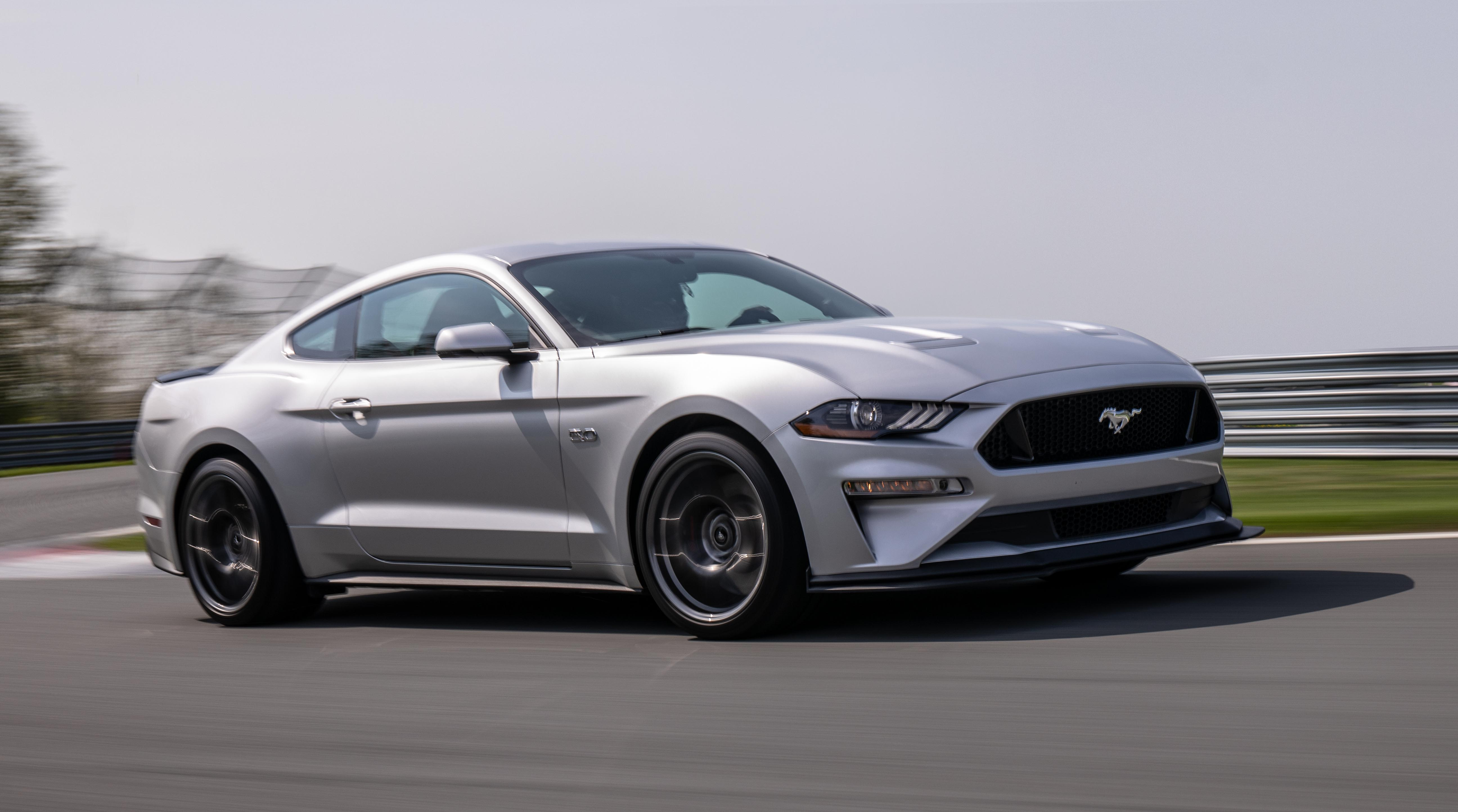 2018 Ford Mustang GT Performance Pack 2 passenger low