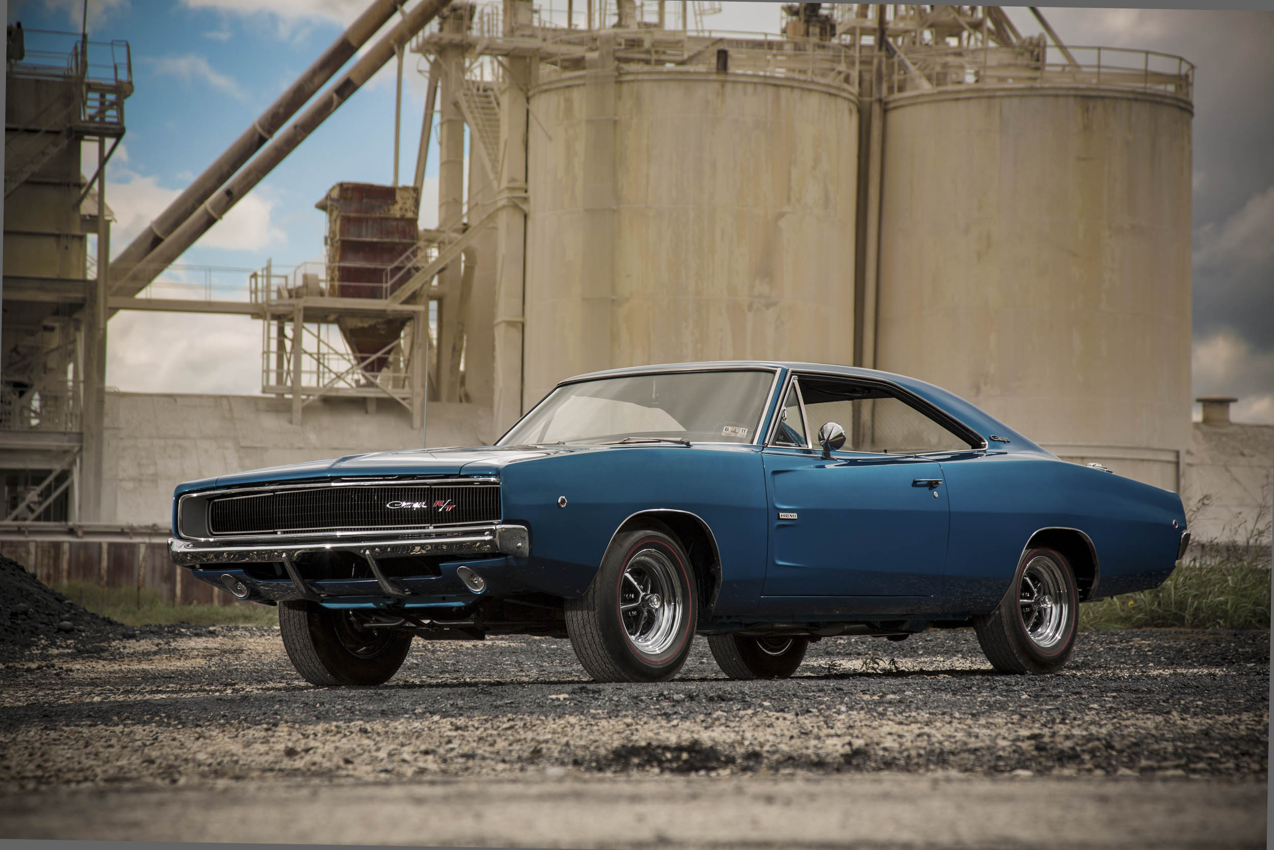 Blue 1968 Dodge Charger R/T front 3/4