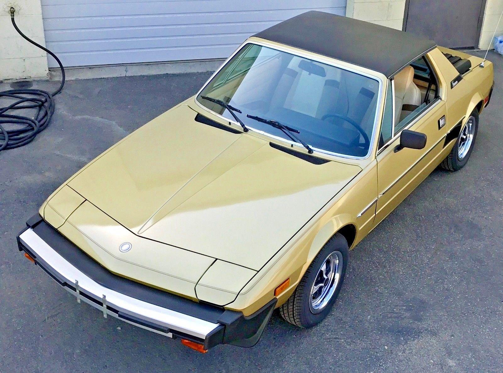 1979 Fiat X1/9 front 3/4