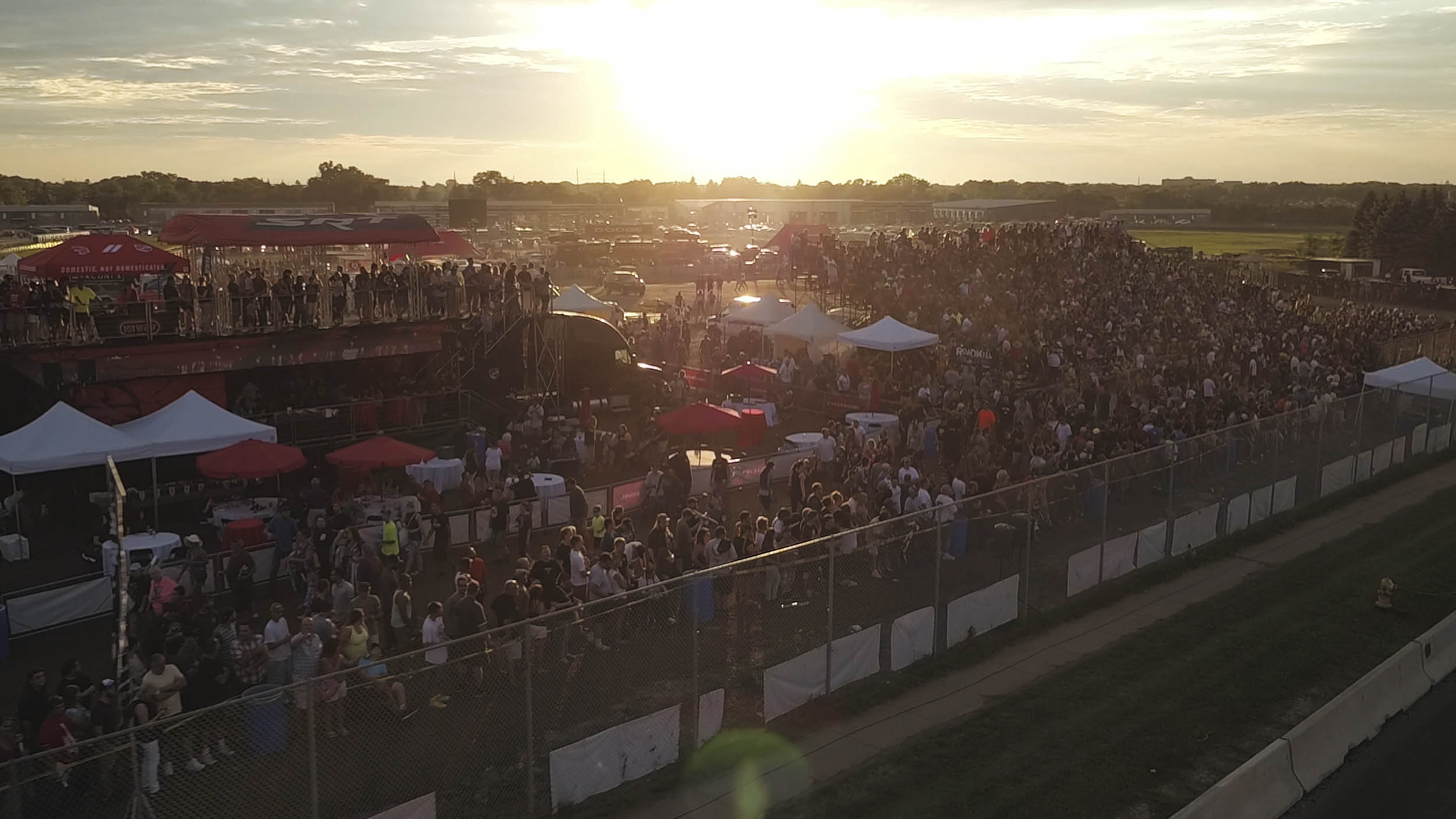 crowd at Roadkill Nights Powered by Dodge 2017