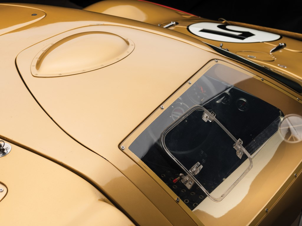 1966 ford gt40 overhead view
