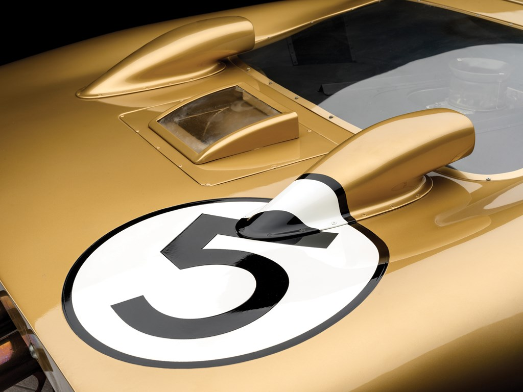 1966 ford gt40 number logo