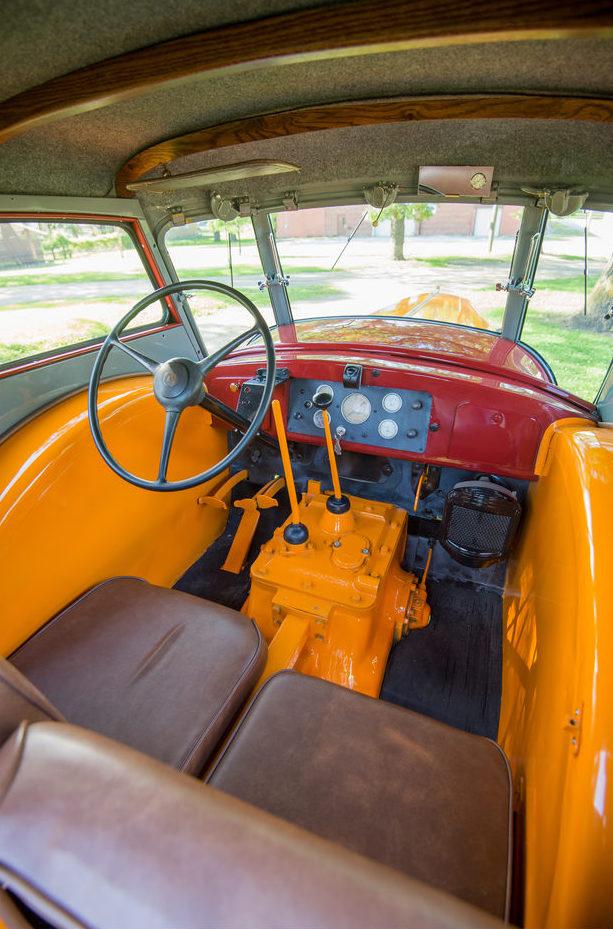 1938 Minneapolis-Moline ULDX Comfortractor Interior