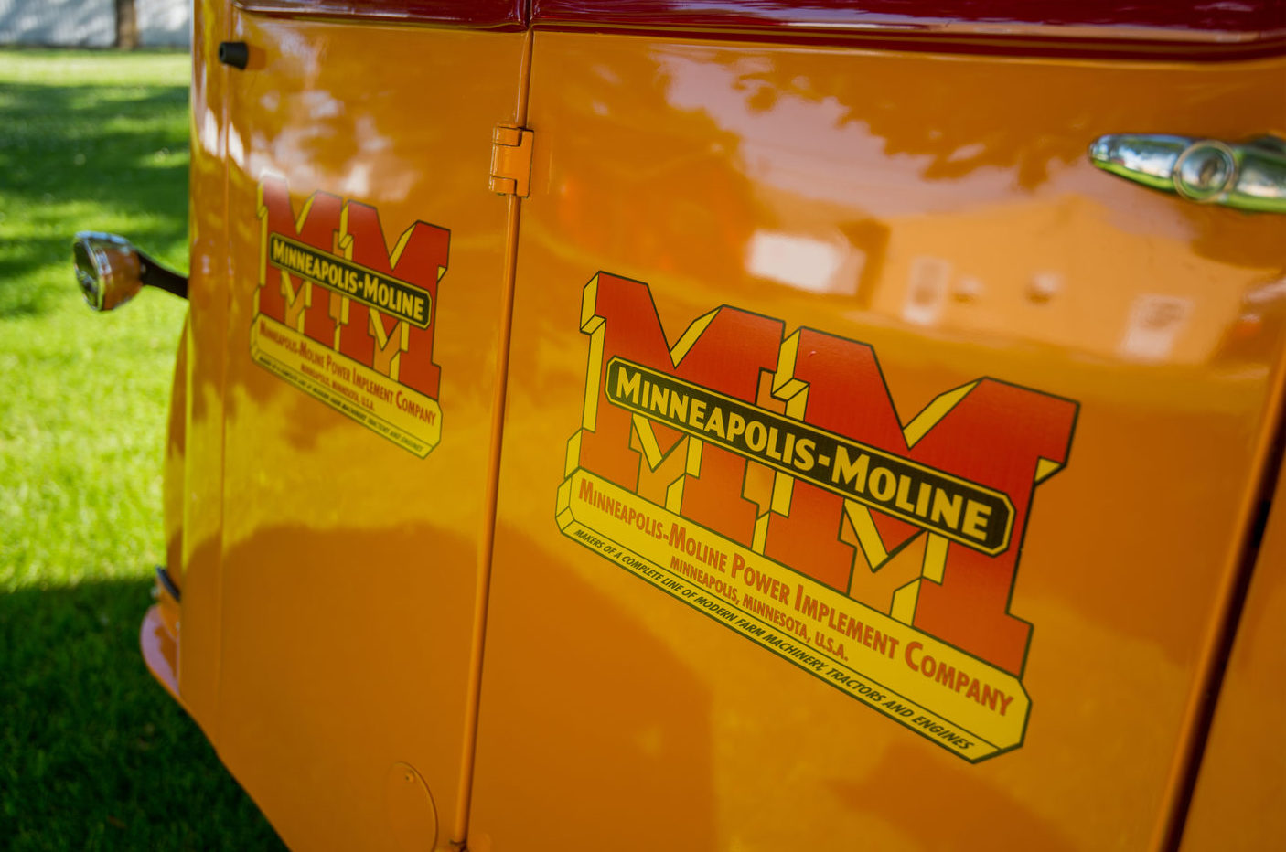 1938 Minneapolis-Moline ULDX Comfortractor rear doors
