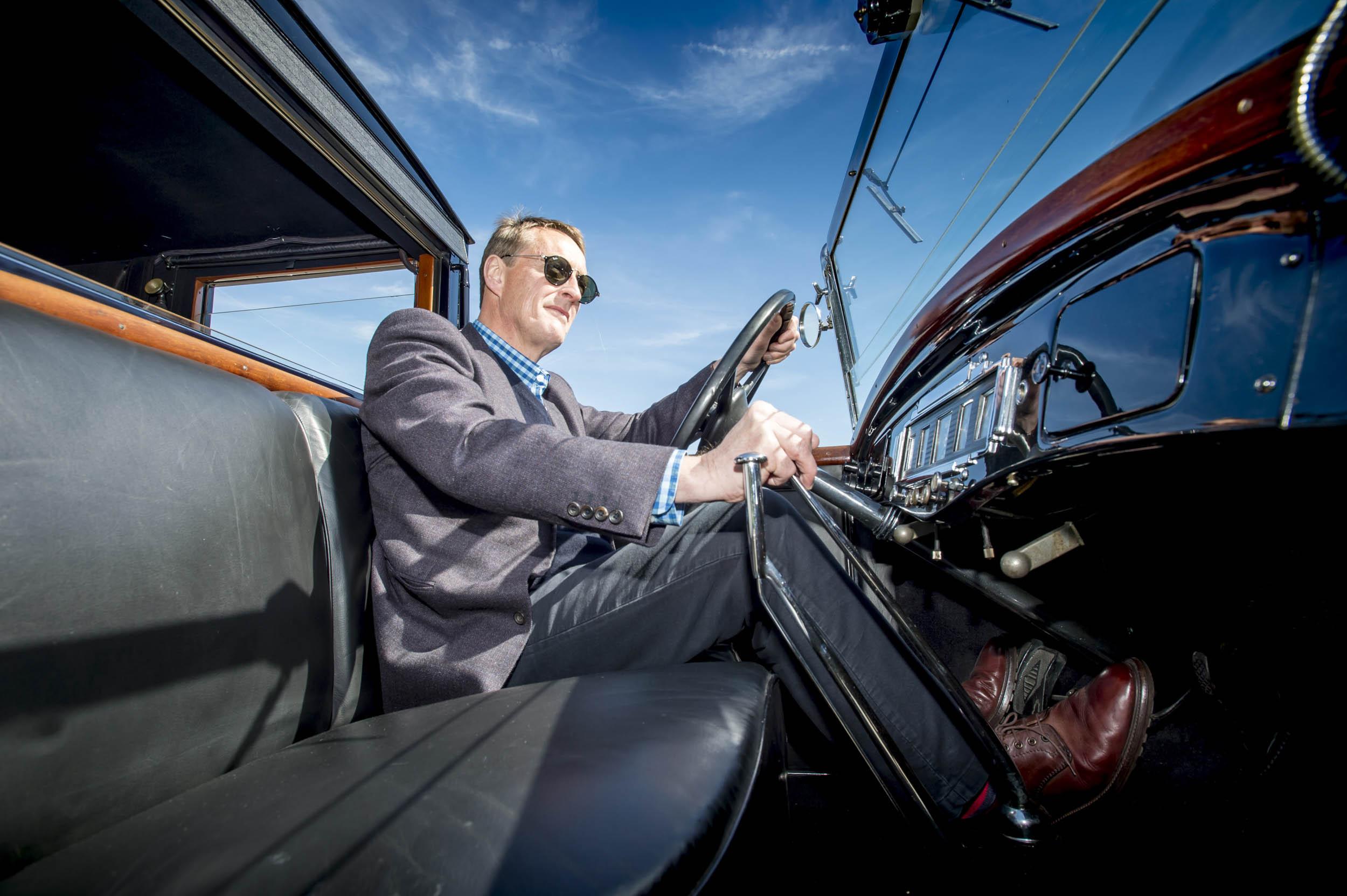 renault coupe de ville driver and interior