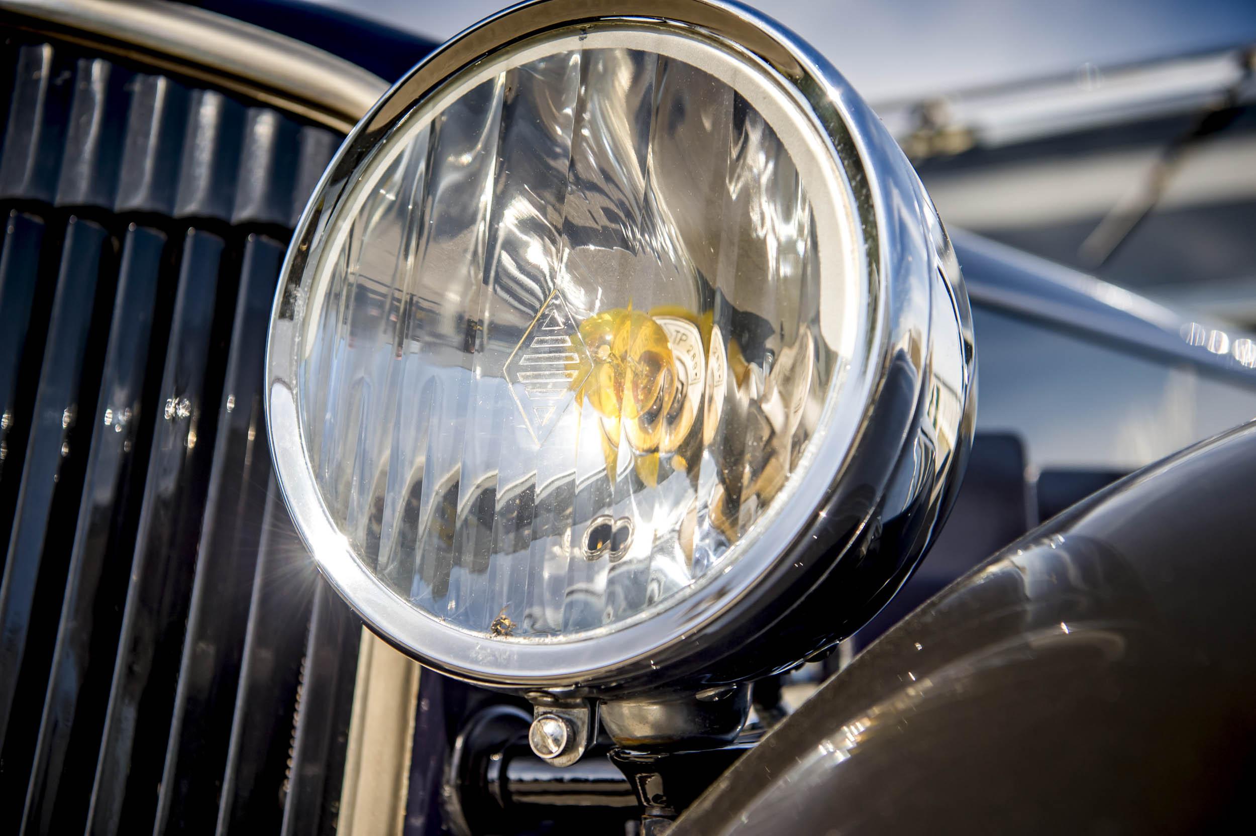 1929 renault nervastella coupe de ville headlight